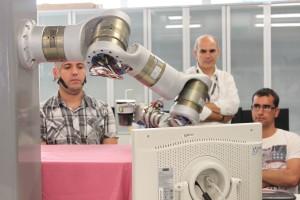 23-09-13 brazo robot_Blog
