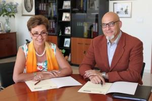 Firma del Acuerdo entre Novaire (residencias de mayores) y UMH