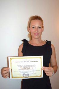 02-09-16-premio mejor artículo profesora Carolina Senabre