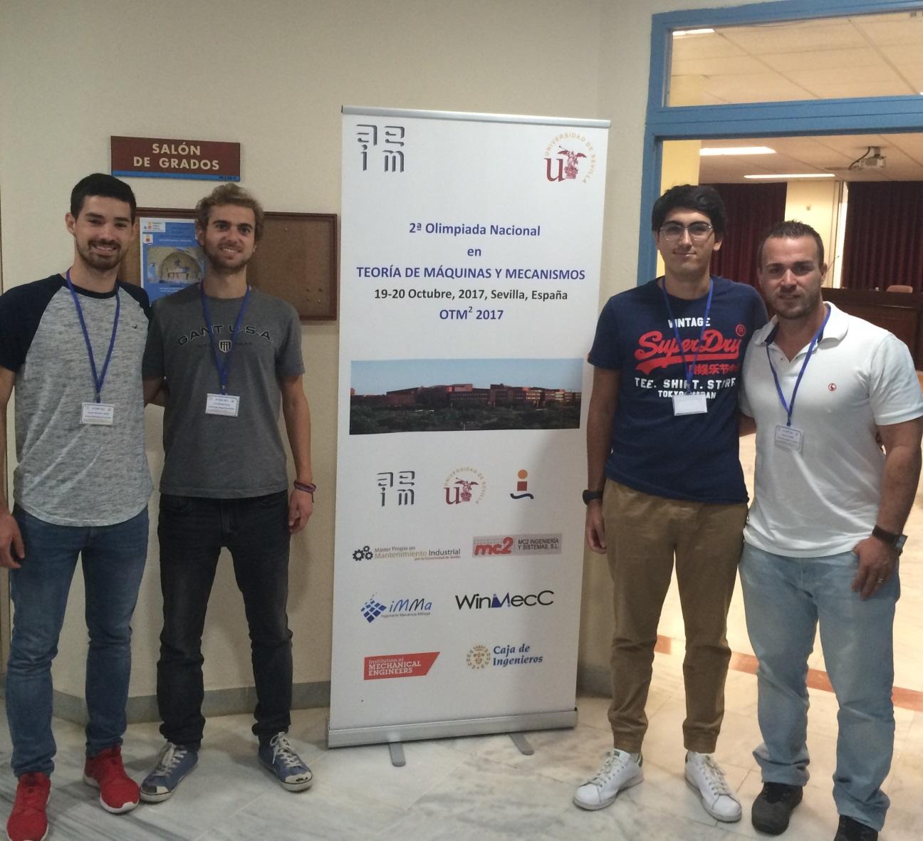 Estudiantes Participan En La Universidad De Sevilla En La Ii