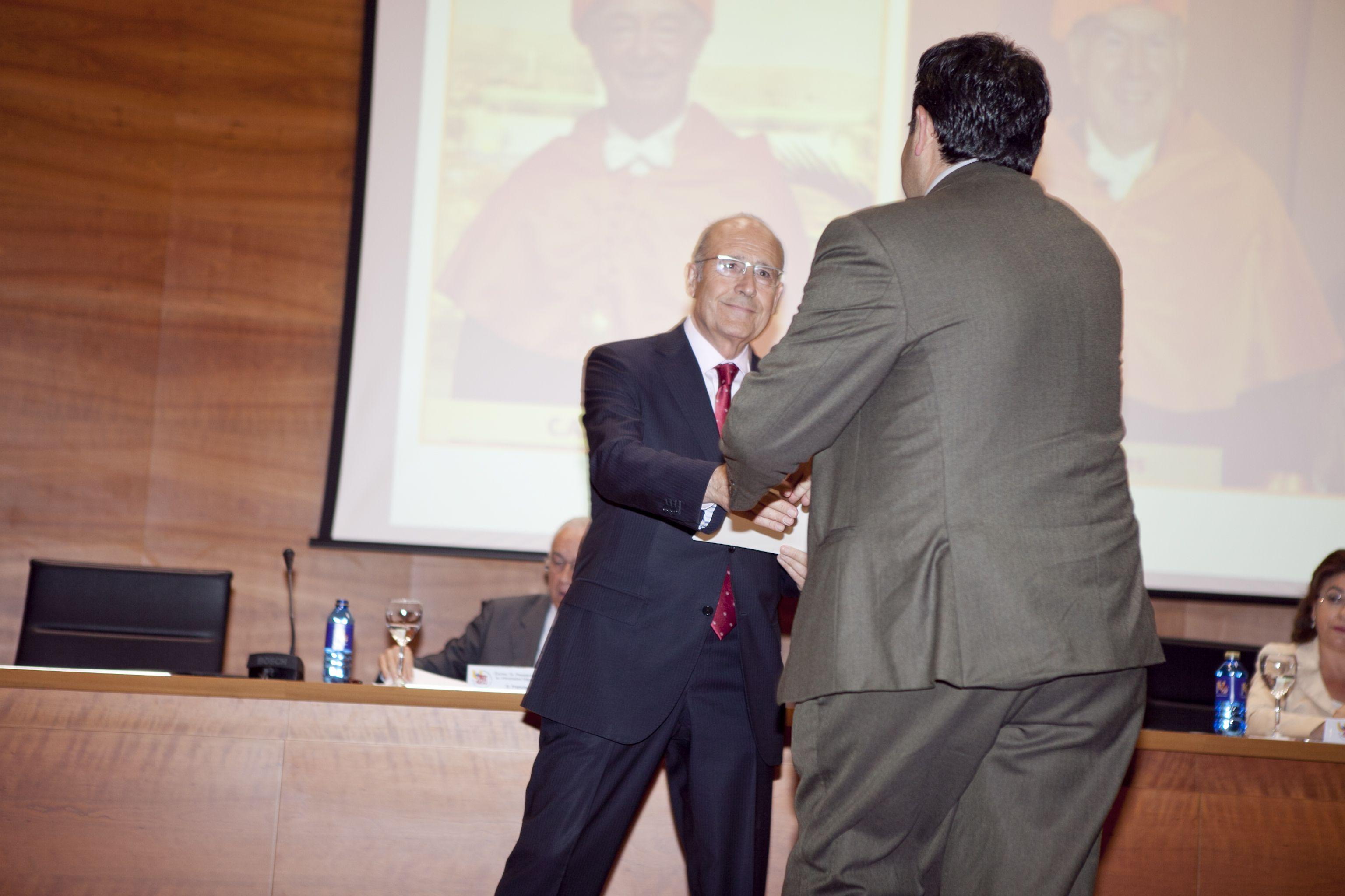 umh-diplomas-rector_mg_6493.jpg