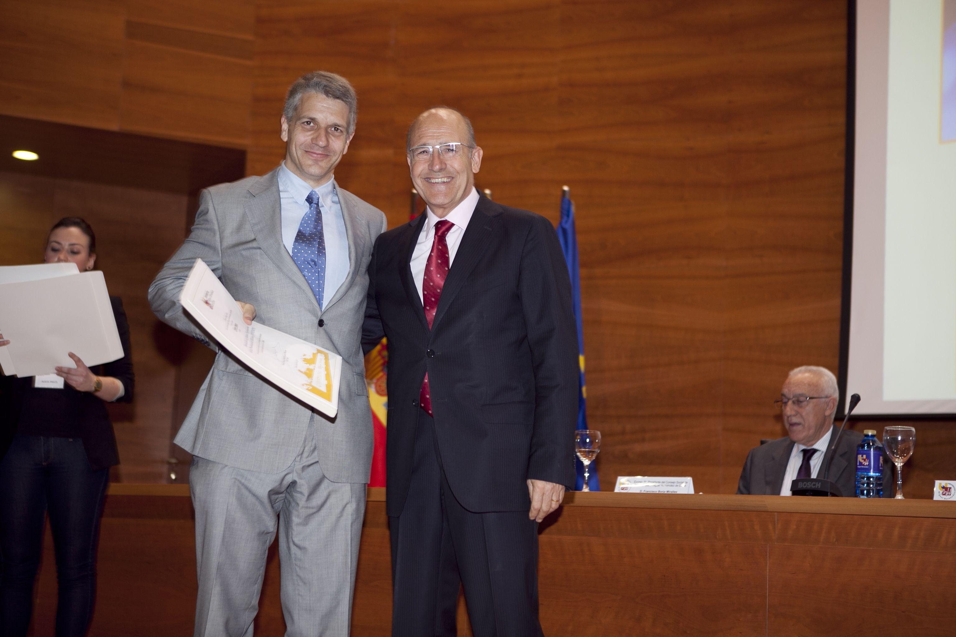 umh-diplomas-rector_mg_6556.jpg