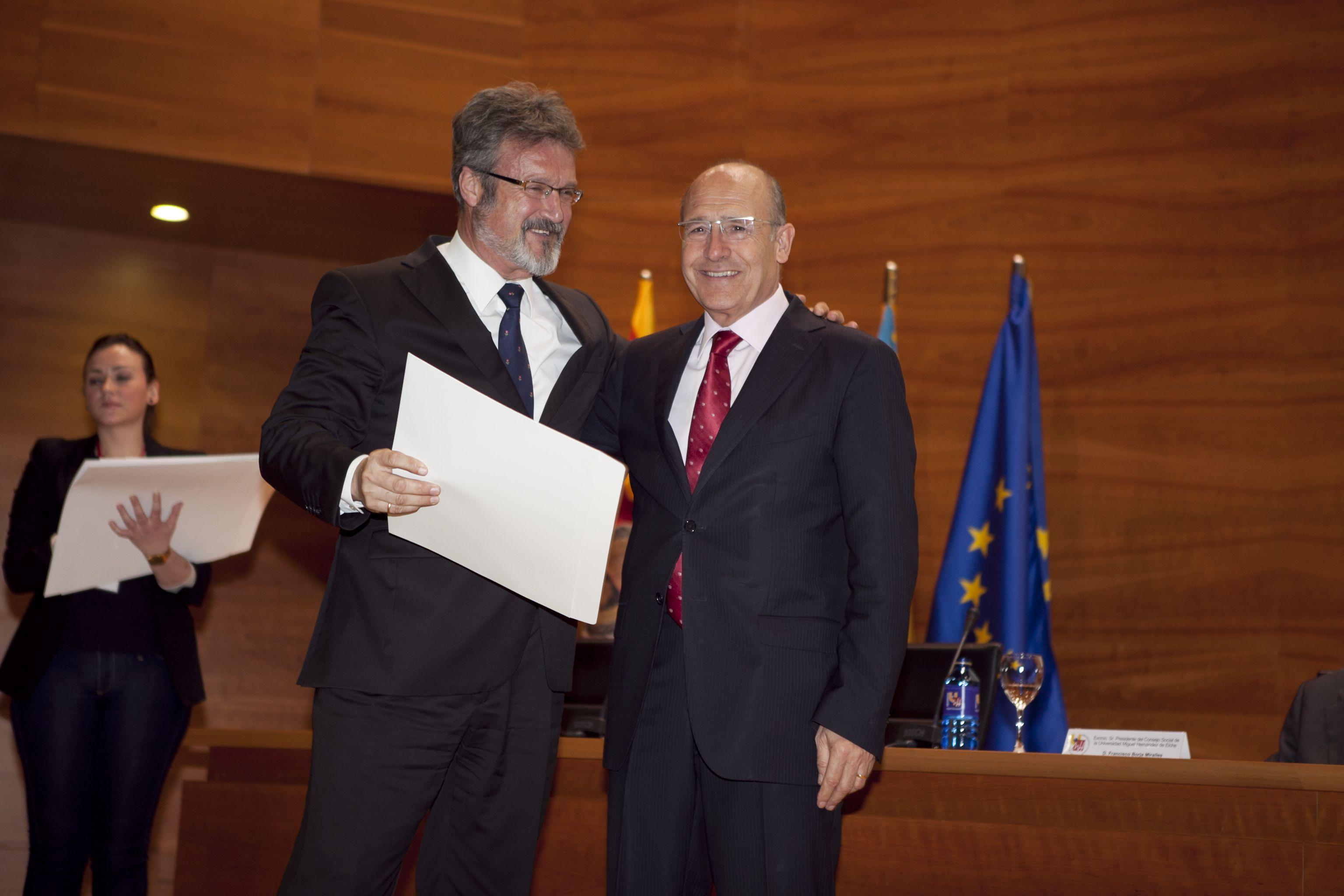 umh-diplomas-rector_mg_6632.jpg