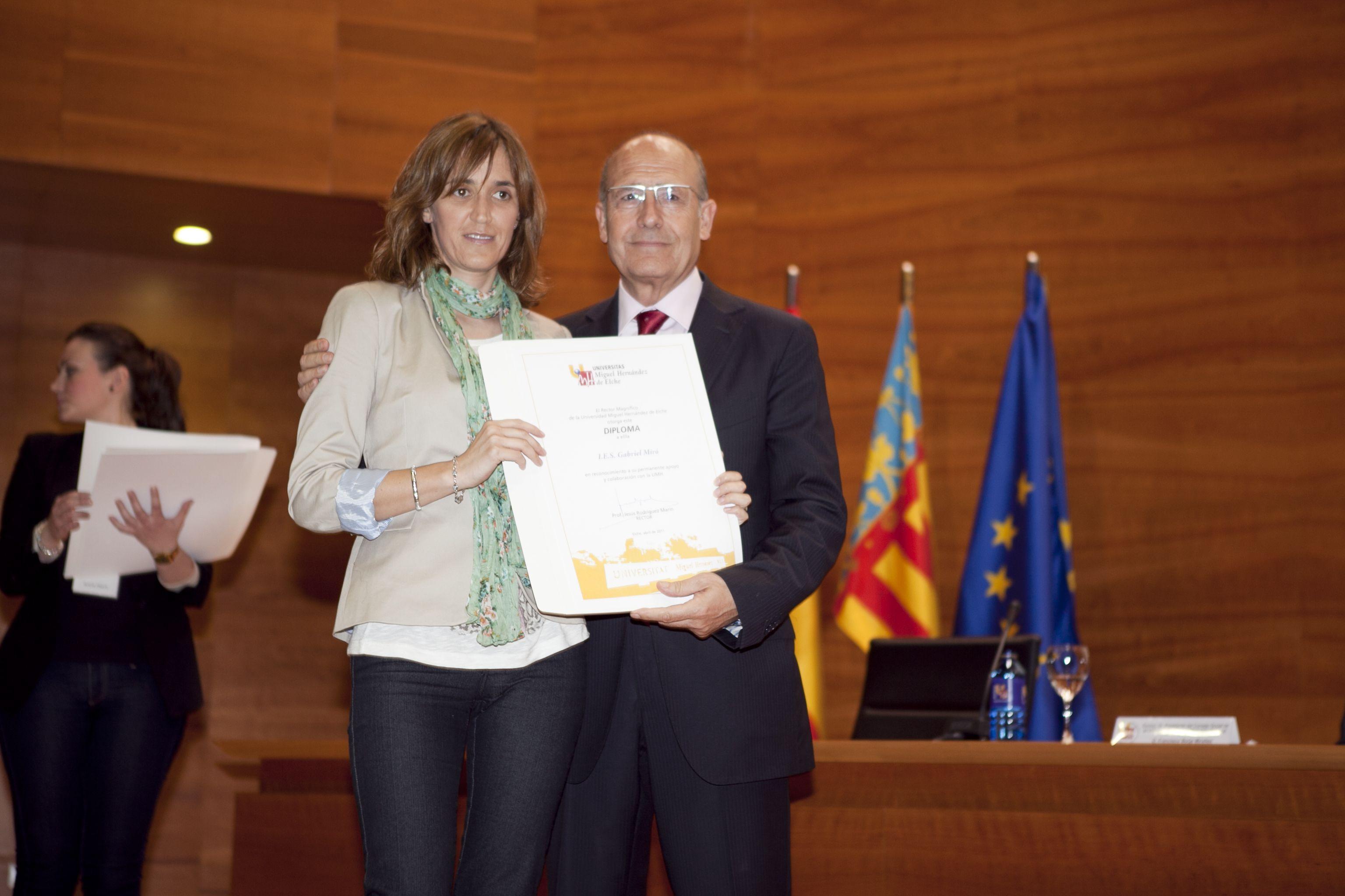 umh-diplomas-rector_mg_6696.jpg