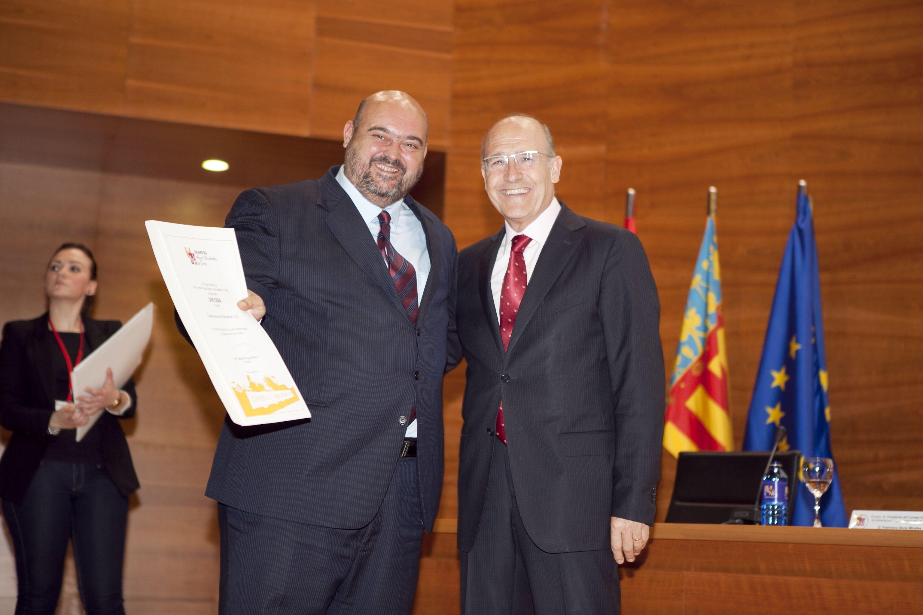 umh-diplomas-rector_mg_6787.jpg