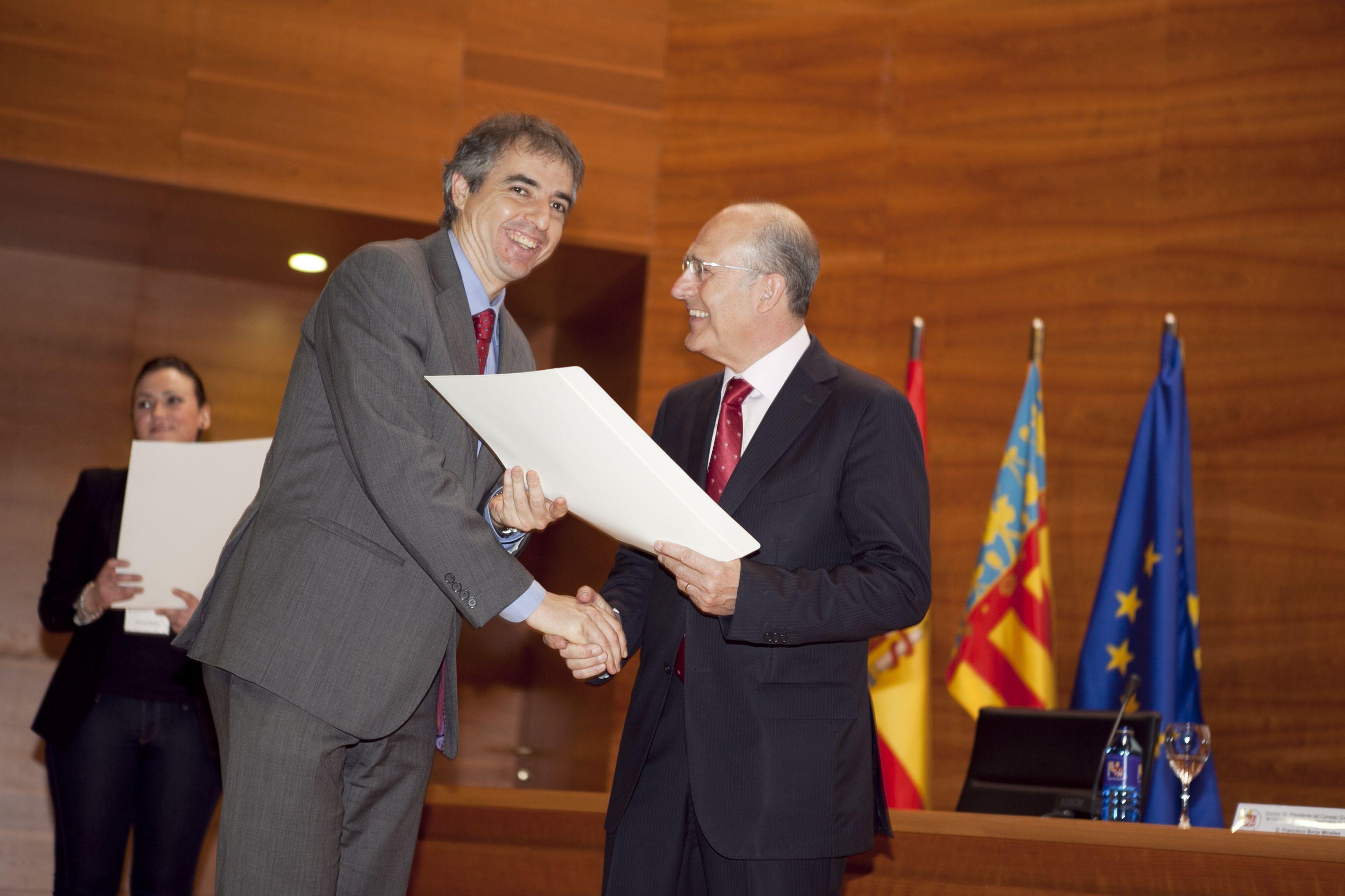 umh-diplomas-rector_mg_6806.jpg
