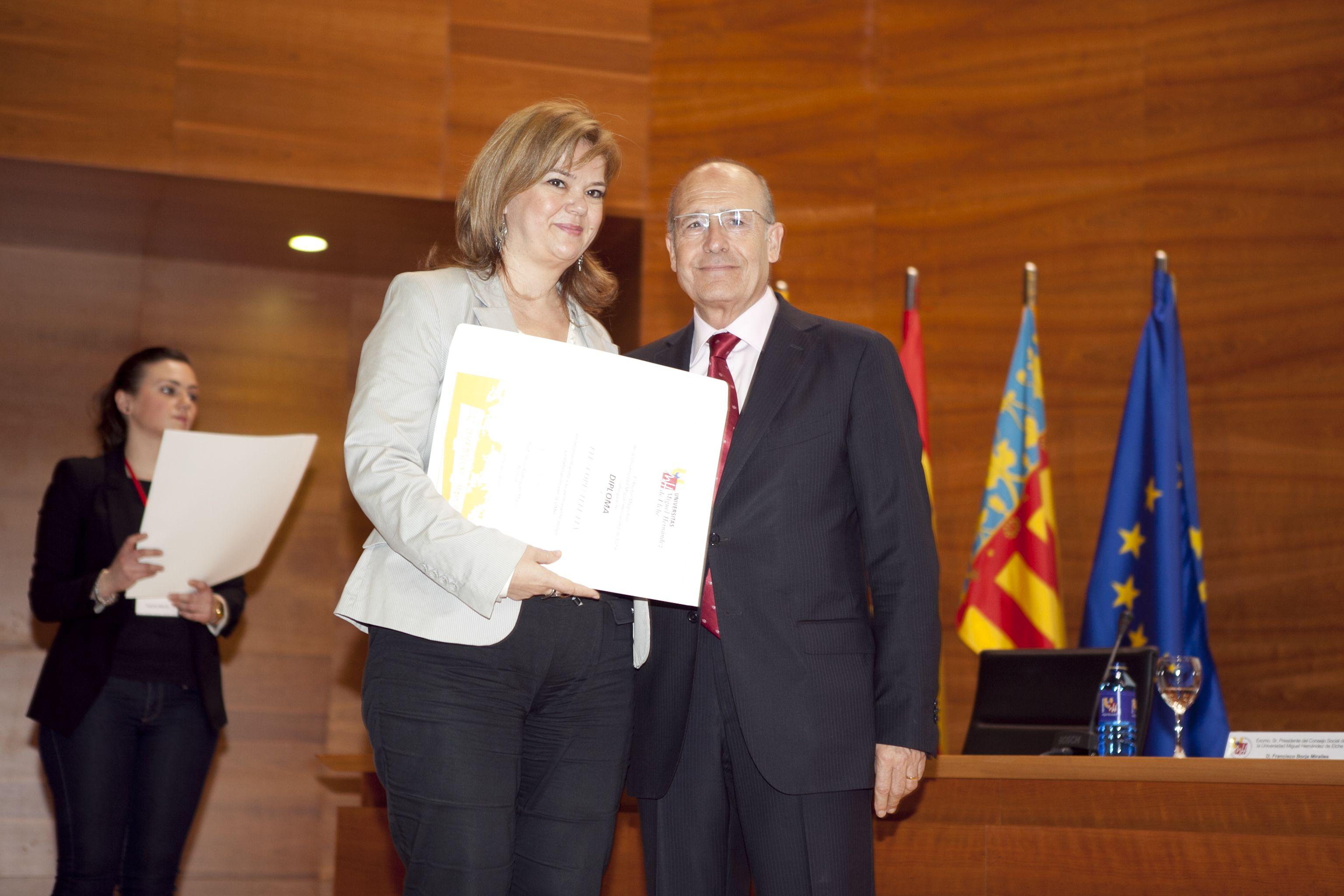umh-diplomas-rector_mg_6857.jpg