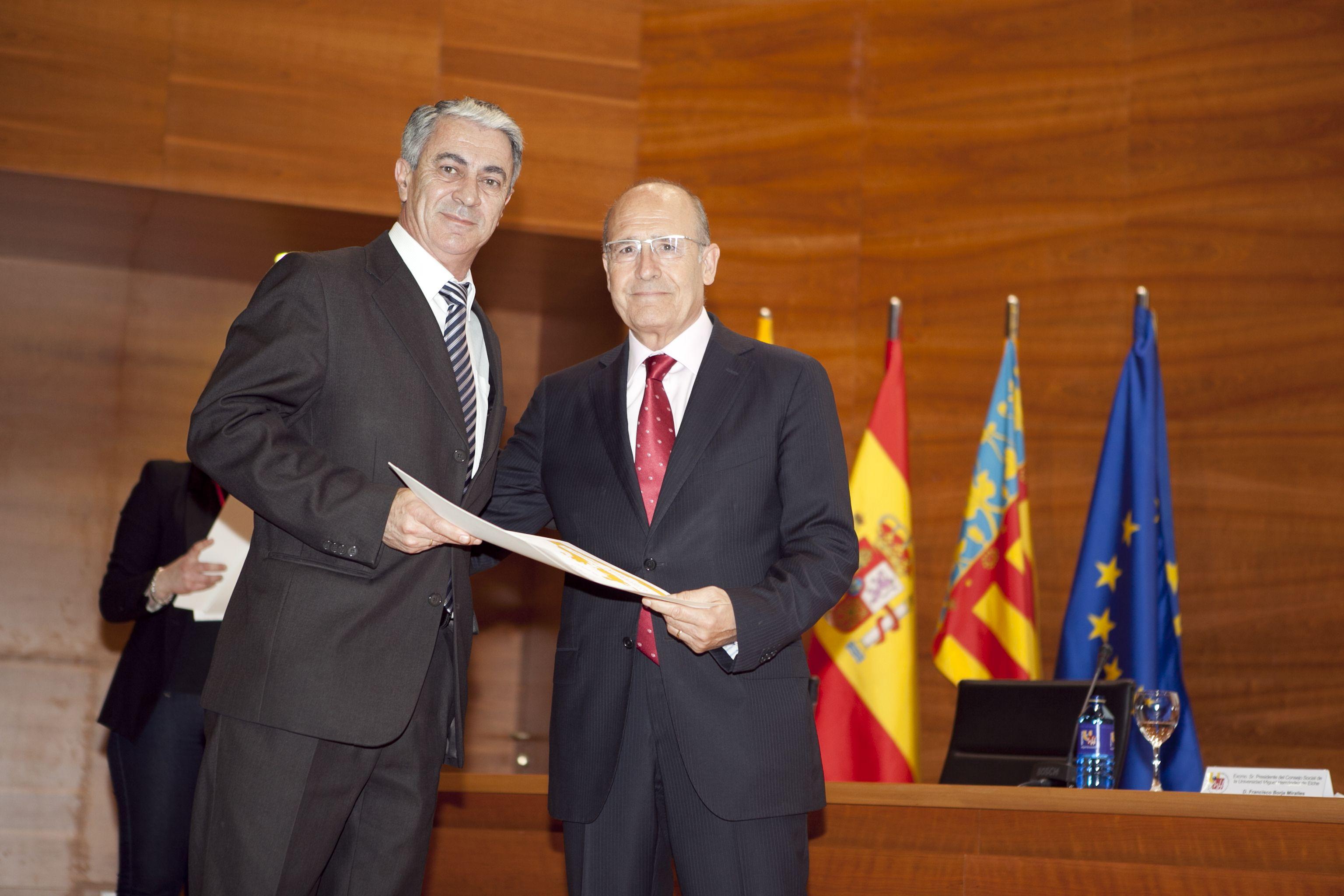 umh-diplomas-rector_mg_6889.jpg