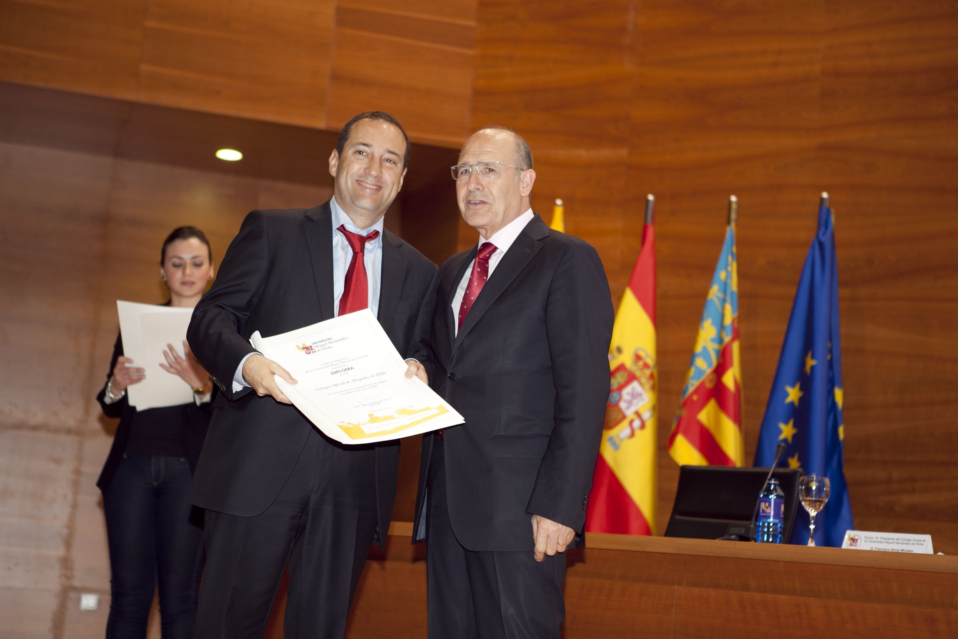 umh-diplomas-rector_mg_6894.jpg