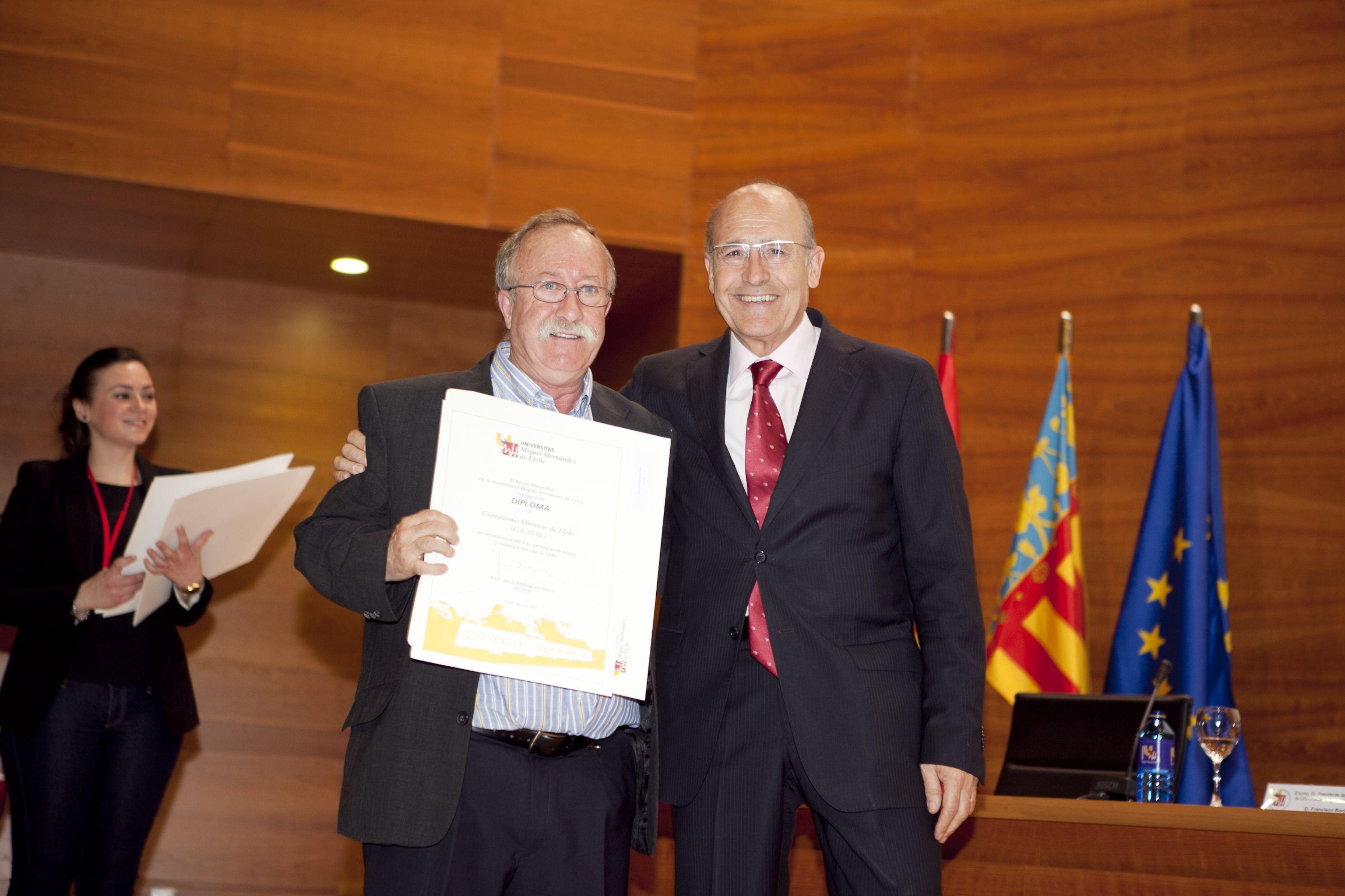 umh-diplomas-rector_mg_6934.jpg