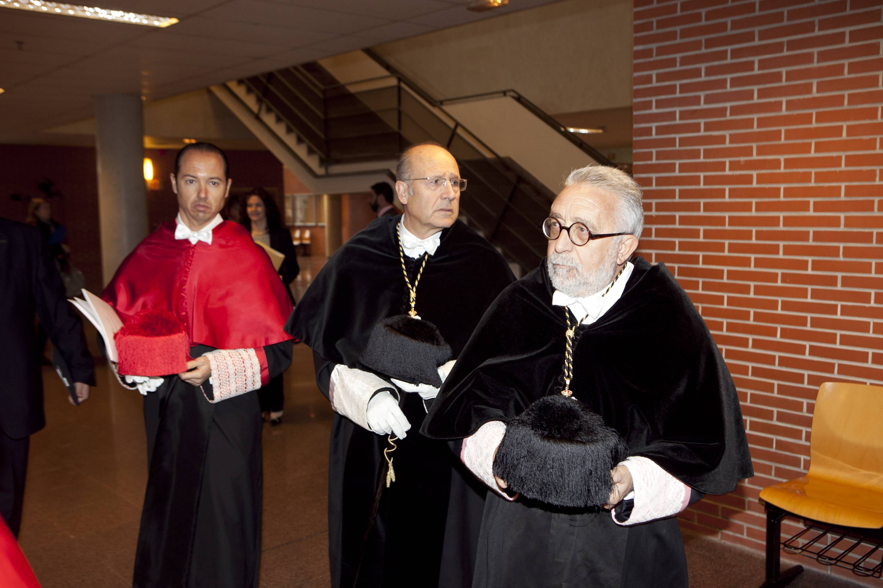 doctor-honoris-causa-luis-gamir_mg_0634.jpg