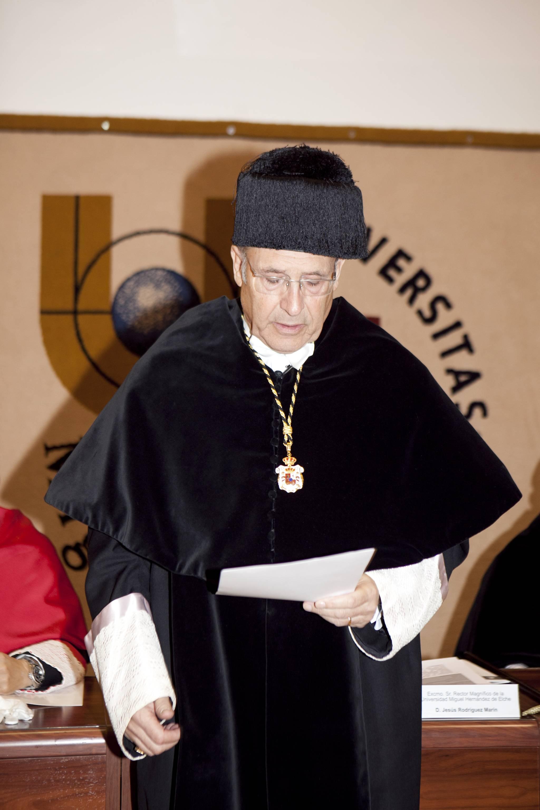 doctor-honoris-causa-luis-gamir_mg_0763.jpg
