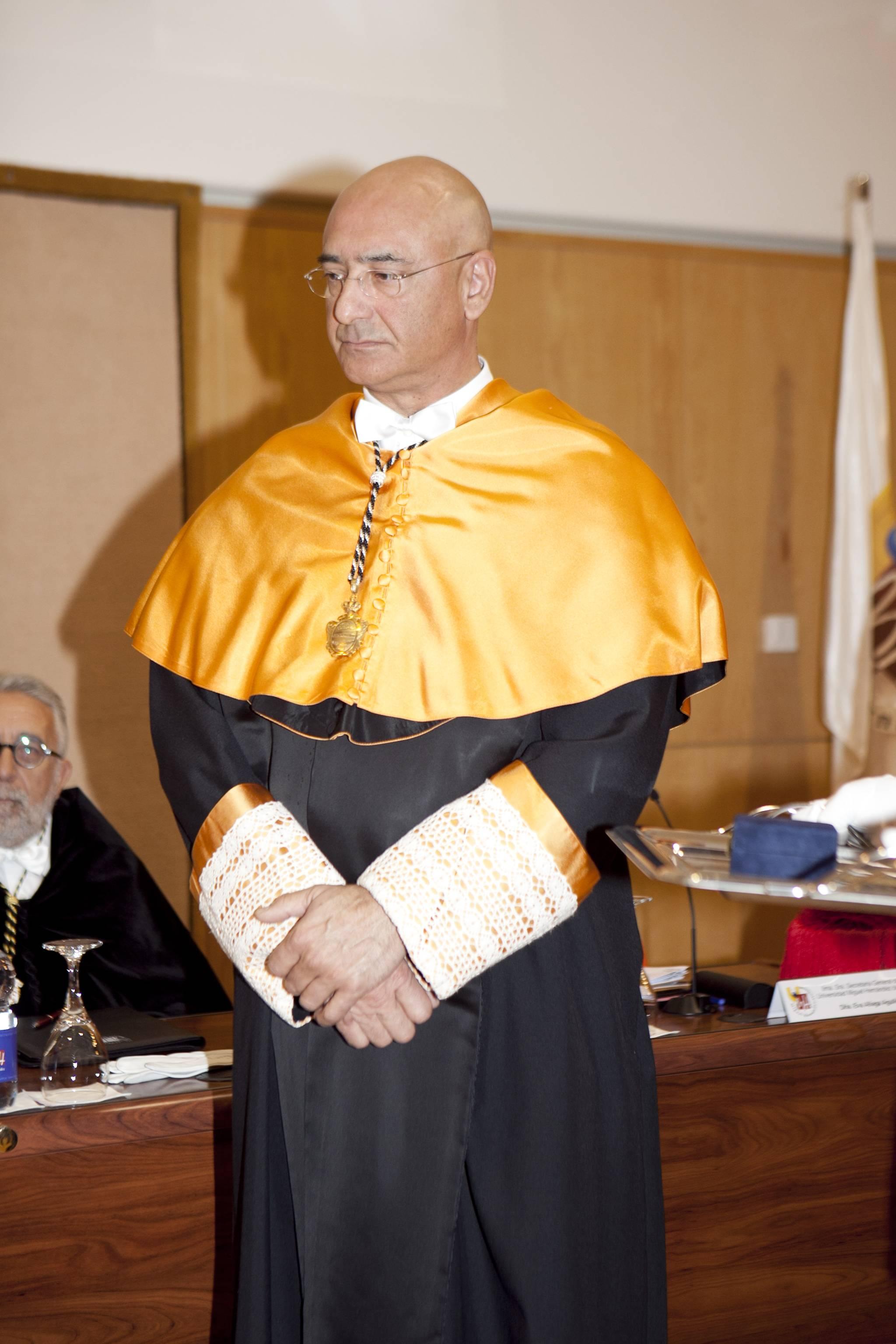 doctor-honoris-causa-luis-gamir_mg_0764.jpg