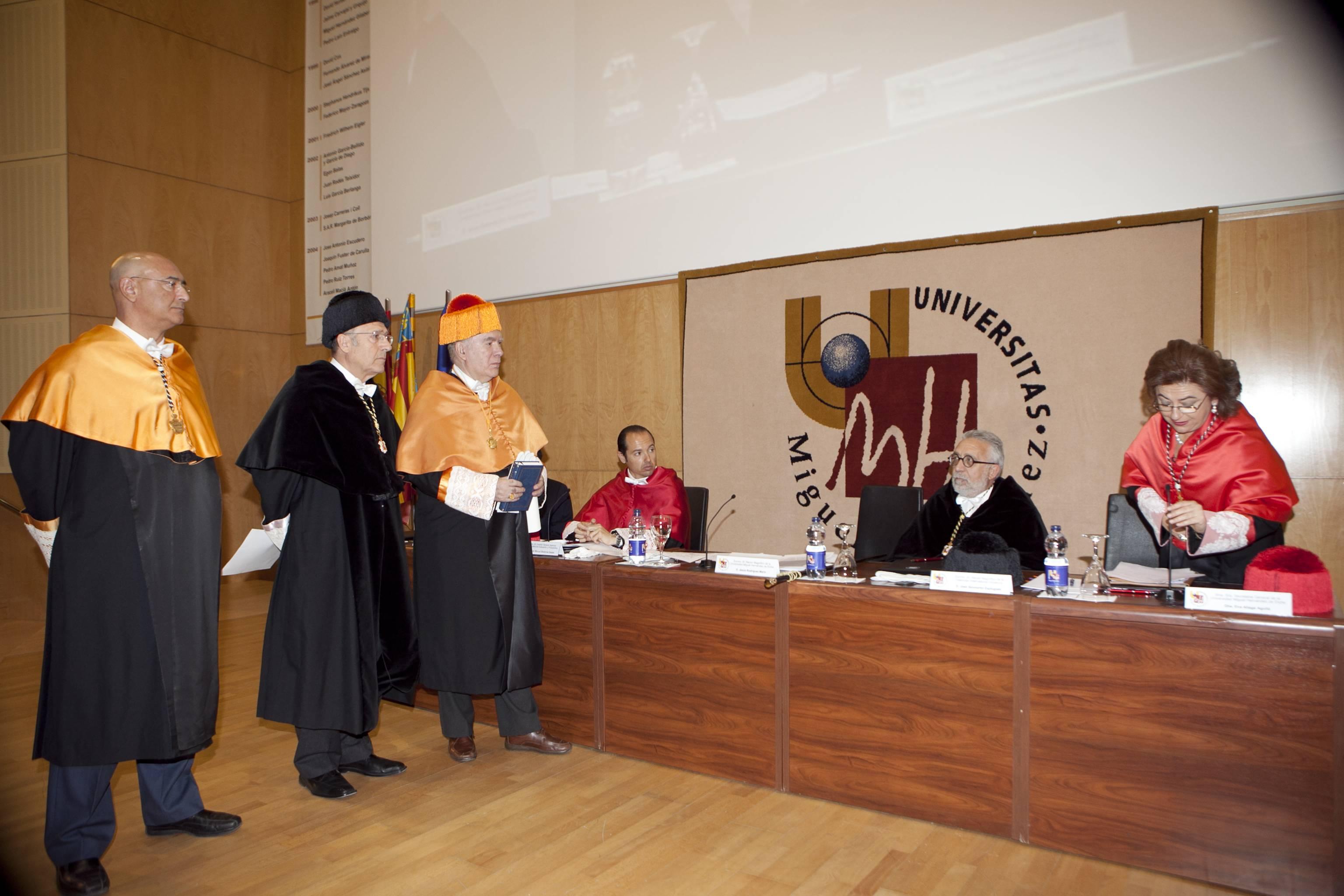 doctor-honoris-causa-luis-gamir_mg_0781.jpg