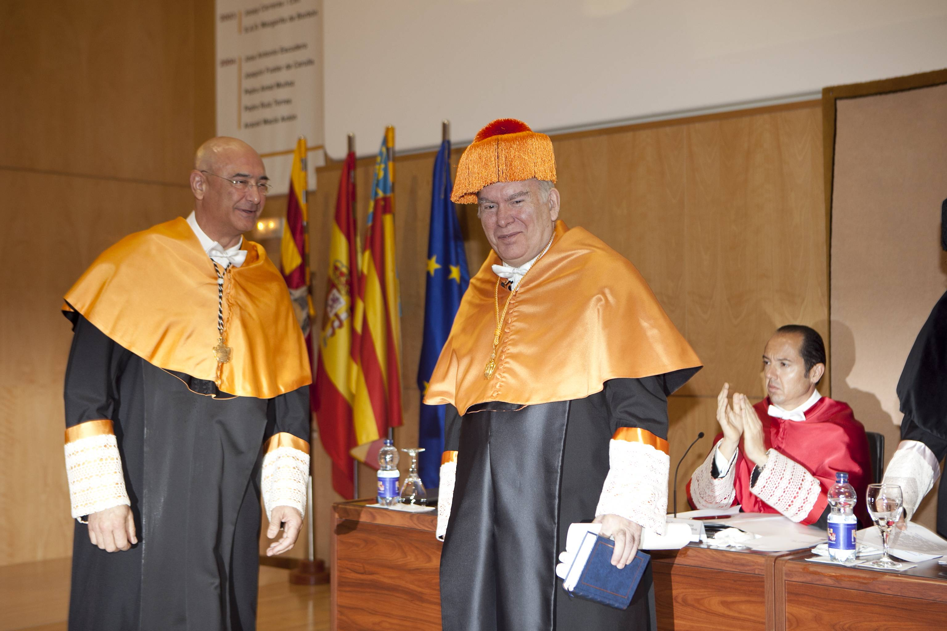 doctor-honoris-causa-luis-gamir_mg_0808.jpg