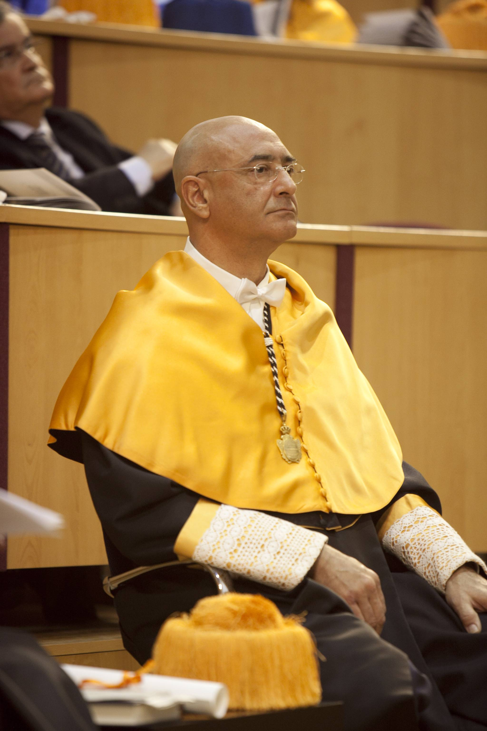 doctor-honoris-causa-luis-gamir_mg_0826.jpg