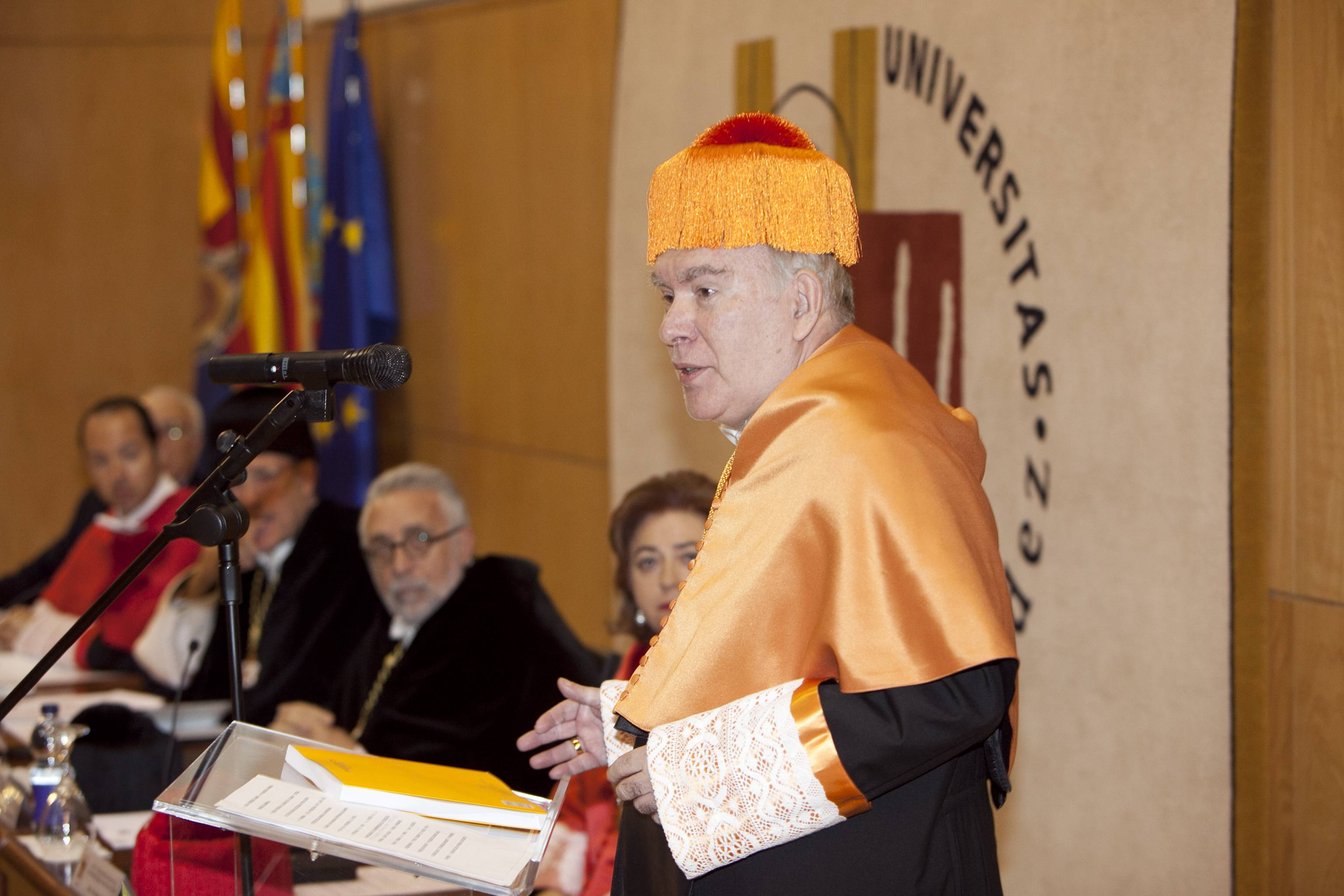 doctor-honoris-causa-luis-gamir_mg_0831.jpg