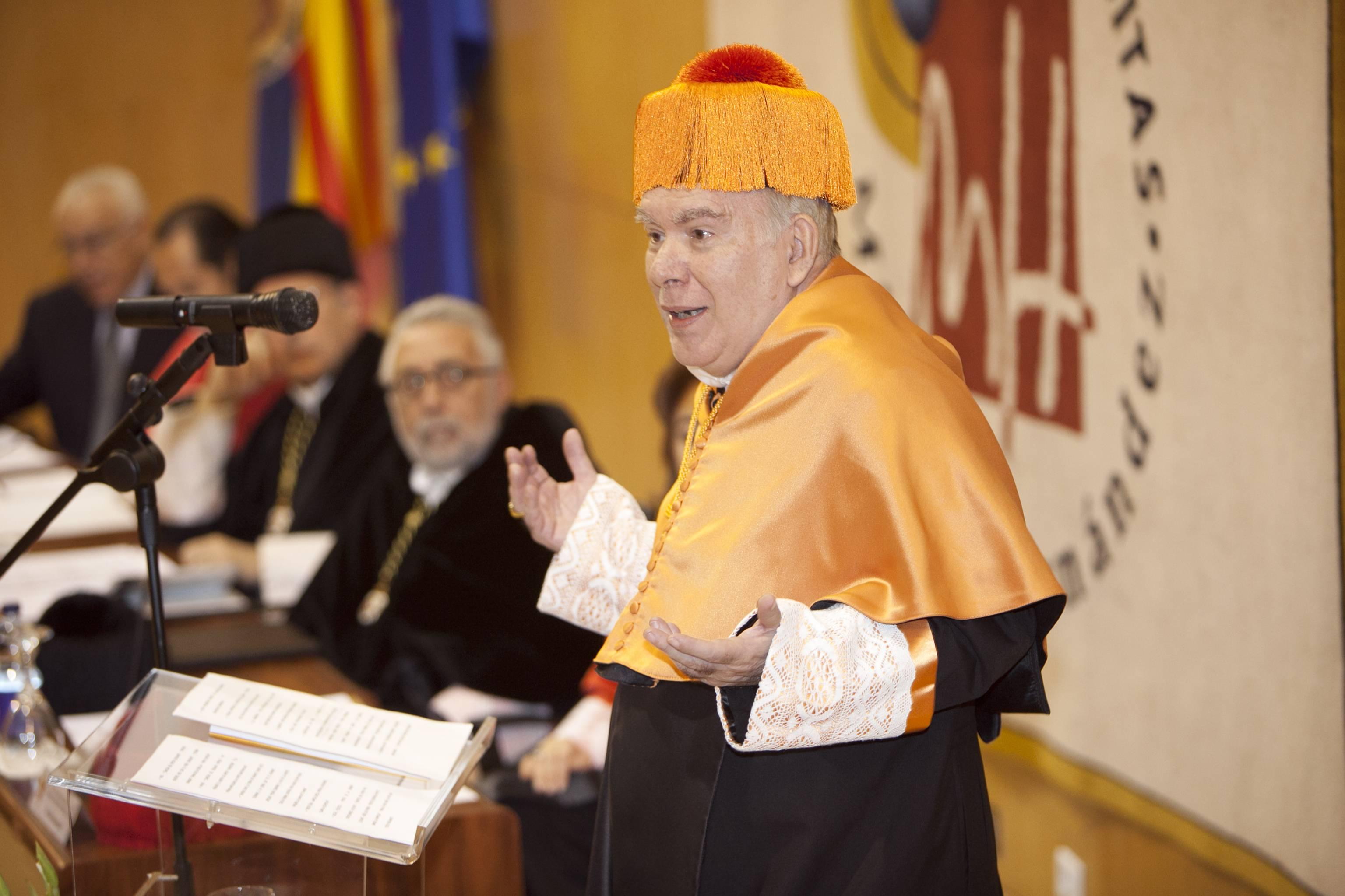 doctor-honoris-causa-luis-gamir_mg_0856.jpg