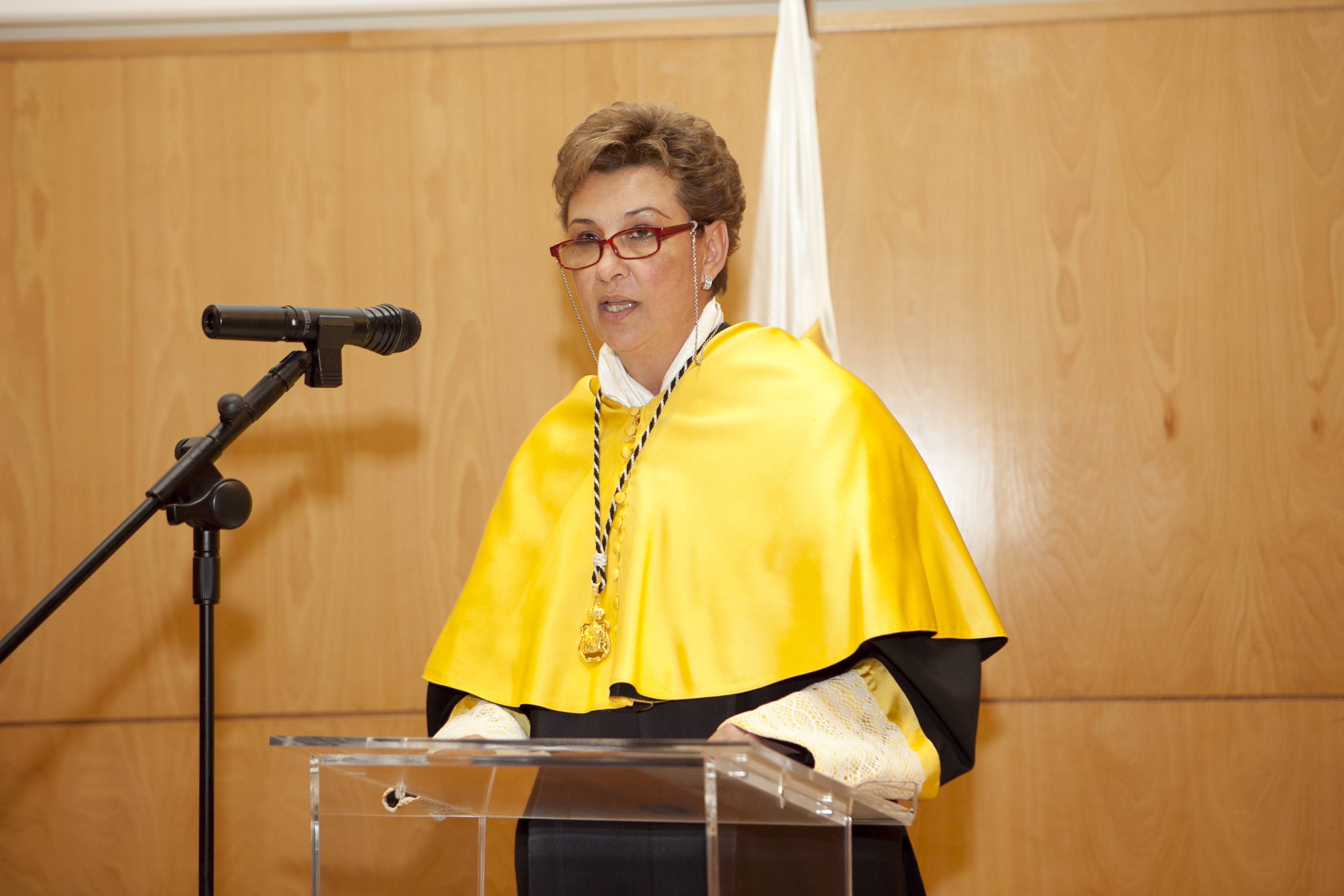 doctor-honoris-causa-luis-gamir_mg_1073.jpg