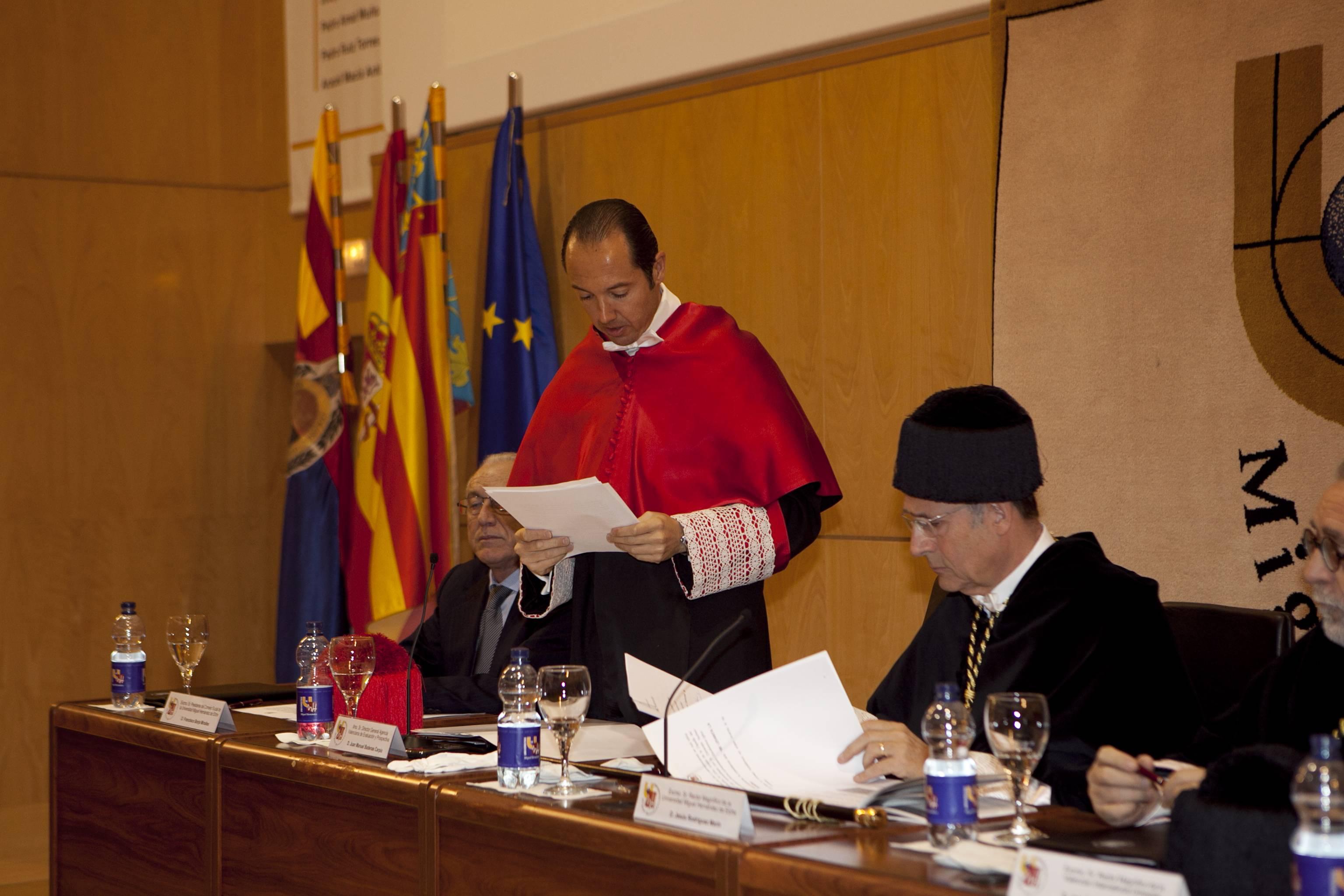 doctor-honoris-causa-luis-gamir_mg_1215.jpg