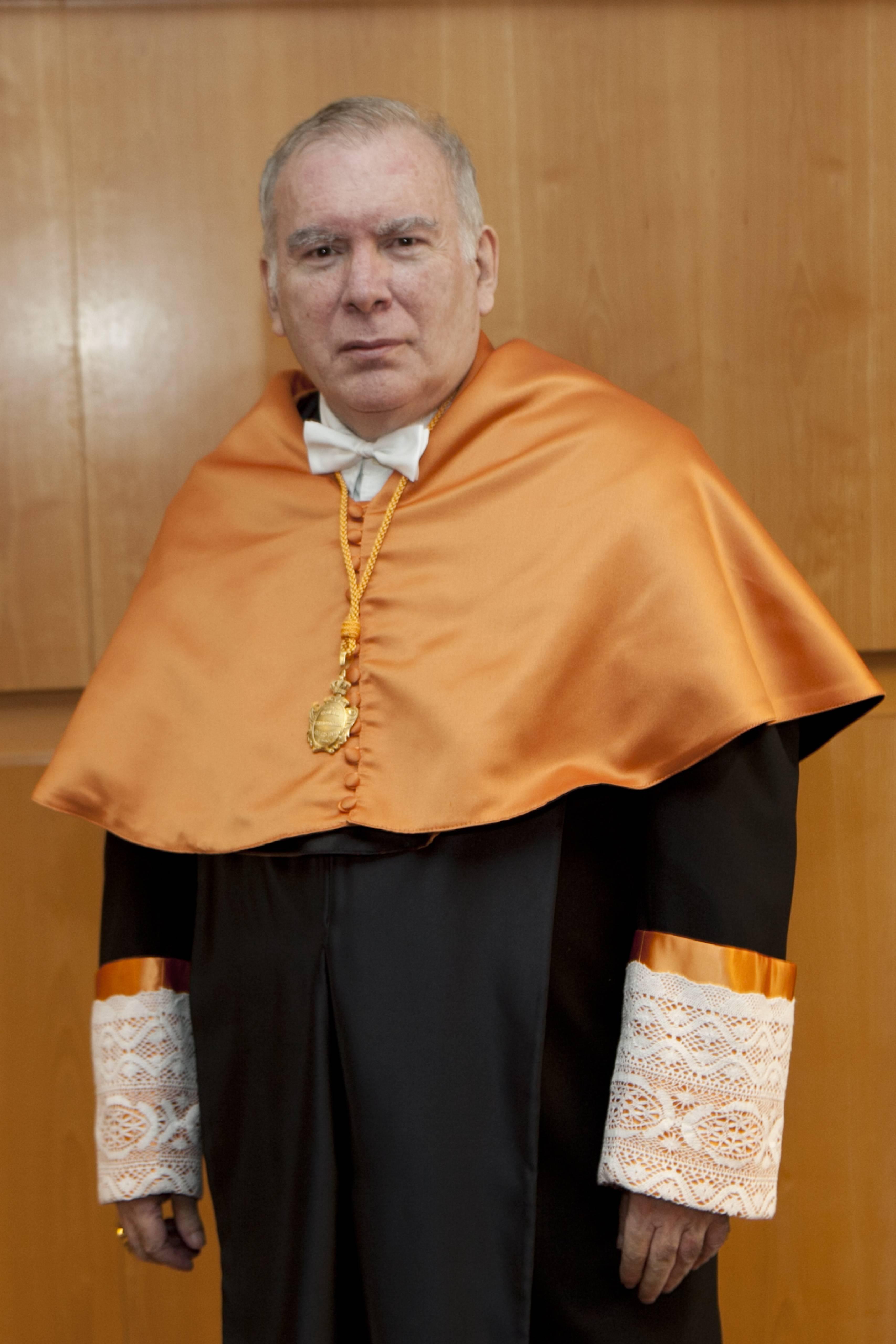 doctor-honoris-causa-luis-gamir_mg_1275.jpg