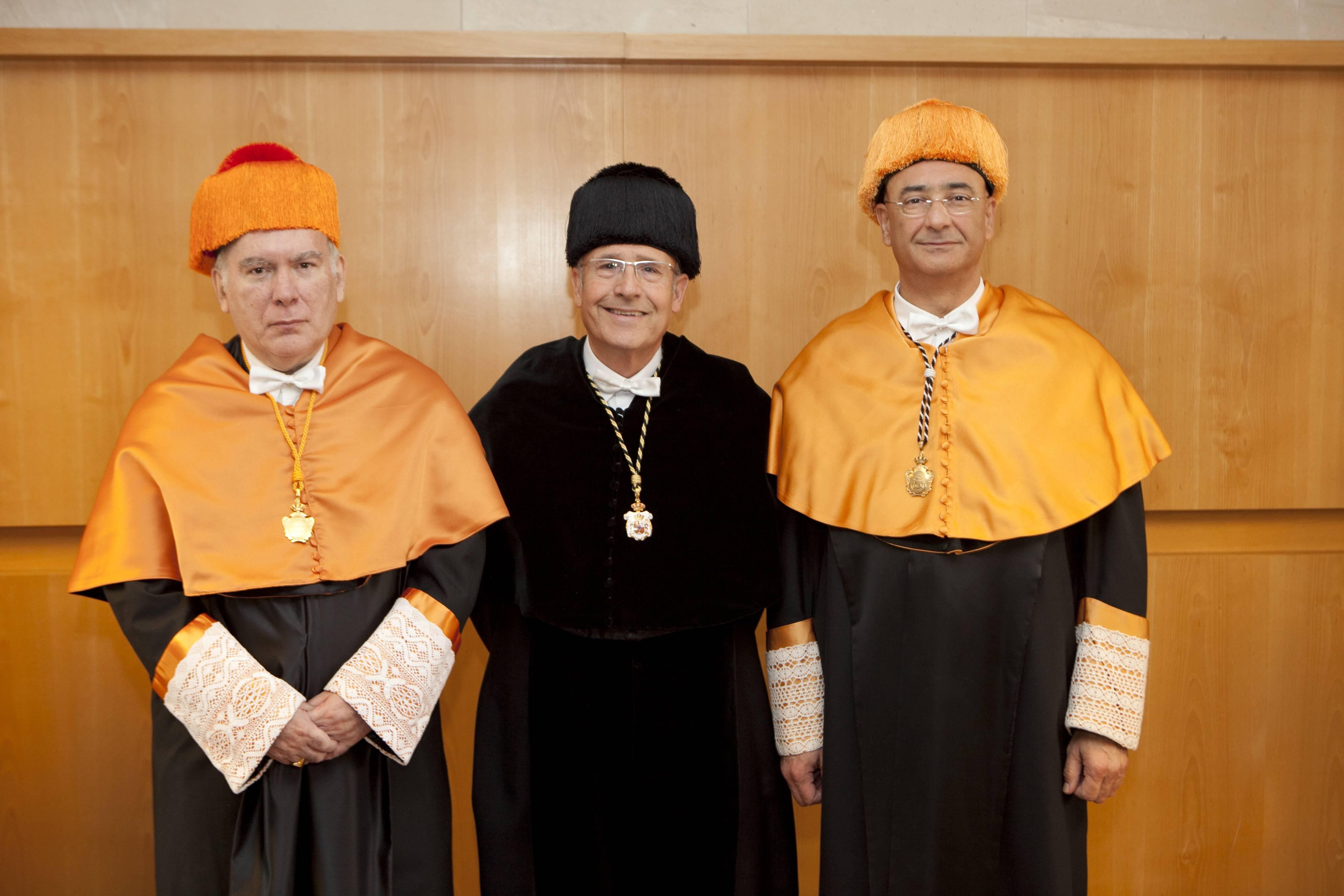 doctor-honoris-causa-luis-gamir_mg_1286.jpg