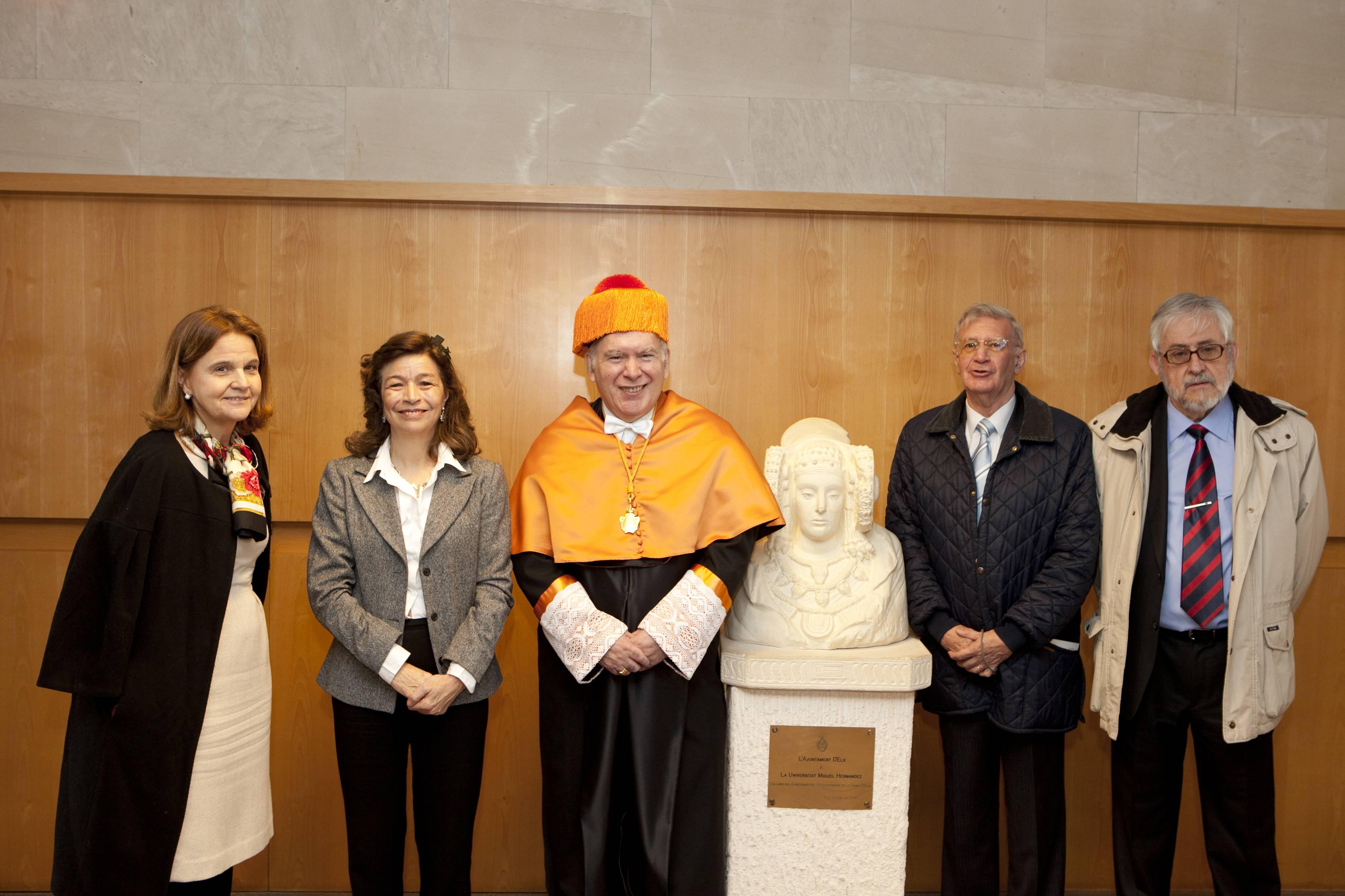 doctor-honoris-causa-luis-gamir_mg_1305.jpg