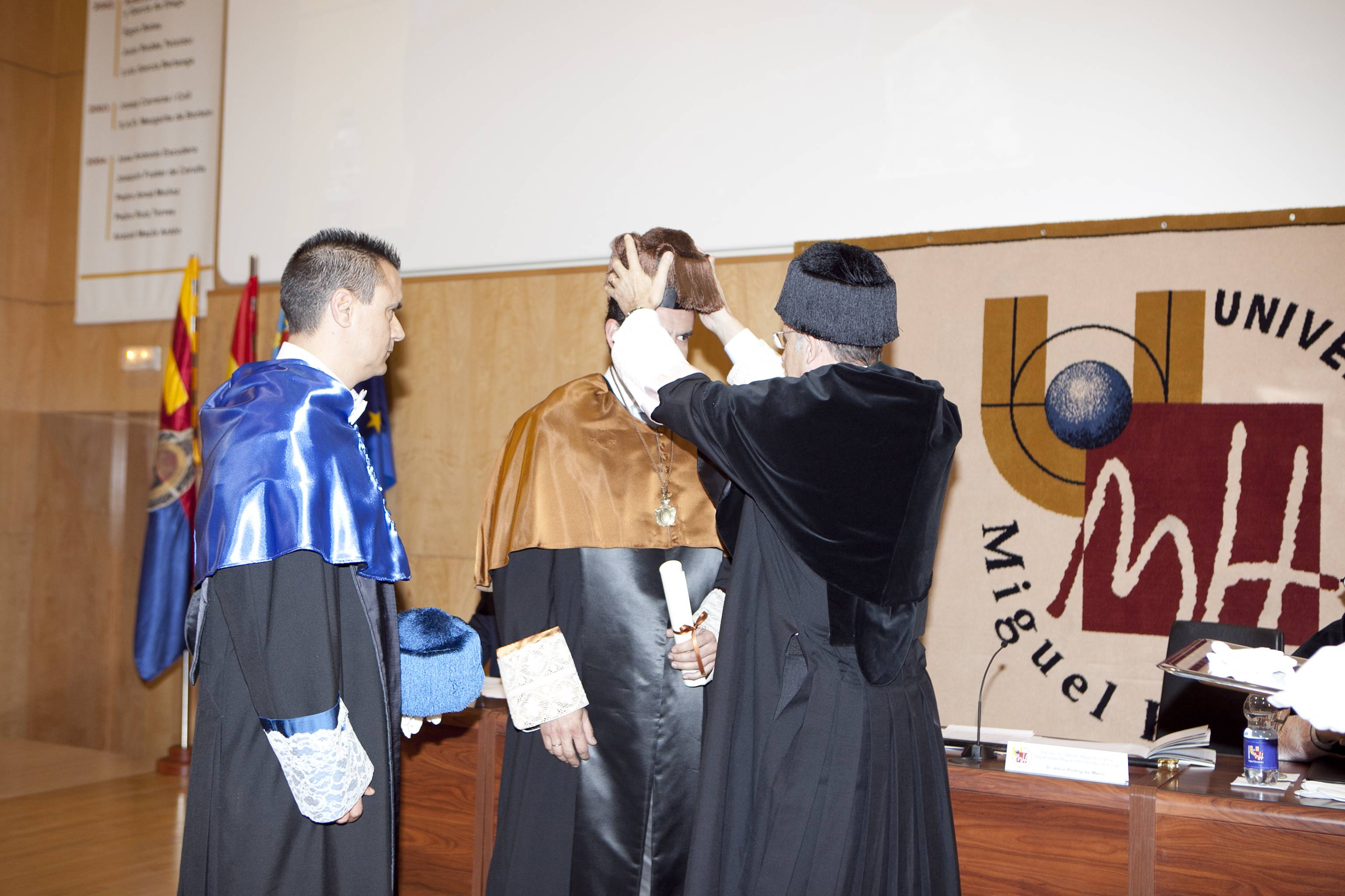 doctor-honoris-causa-luis-gamir_mg_1079.jpg