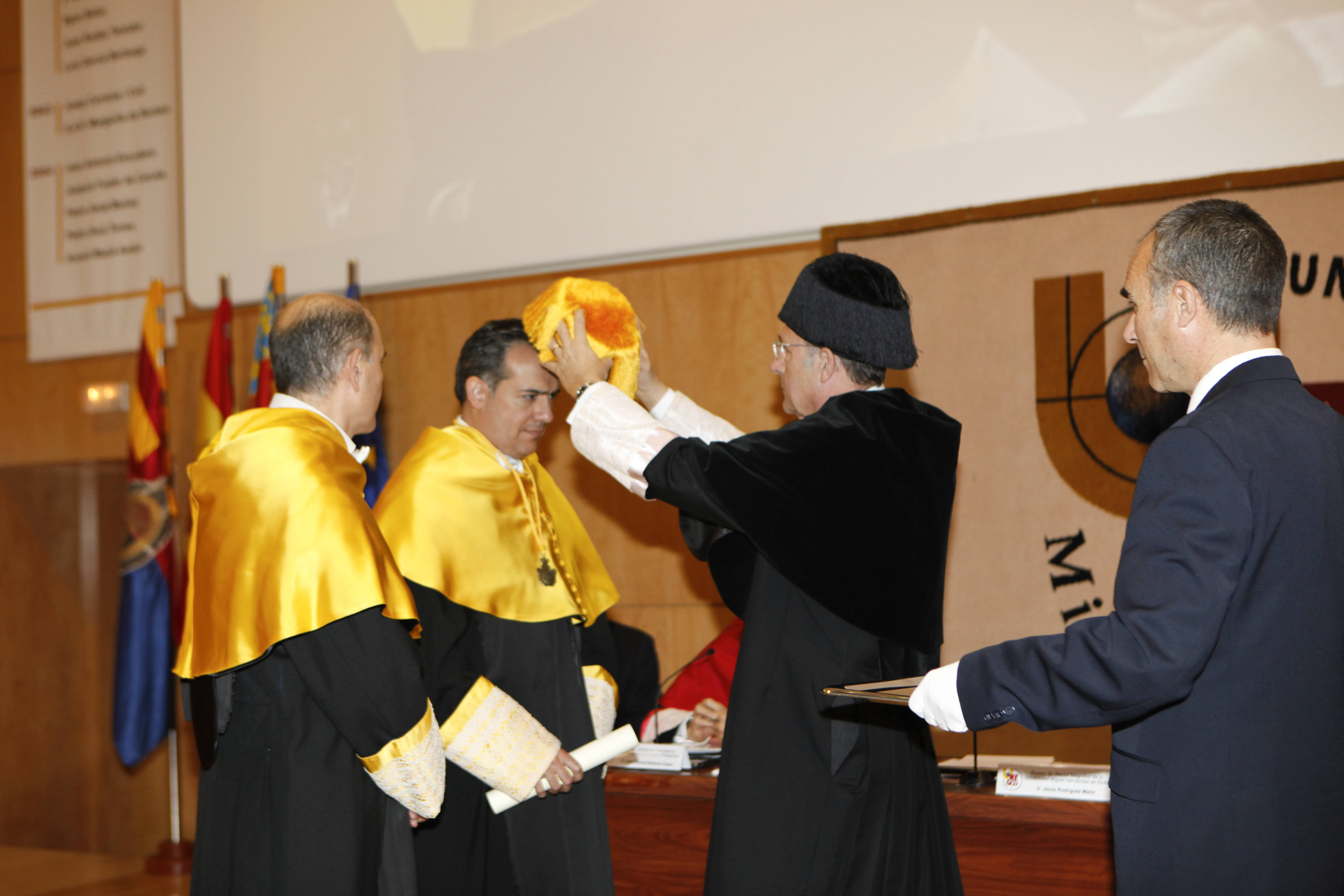 doctor-honoris-causa-luis-gamir_mg_1107.jpg