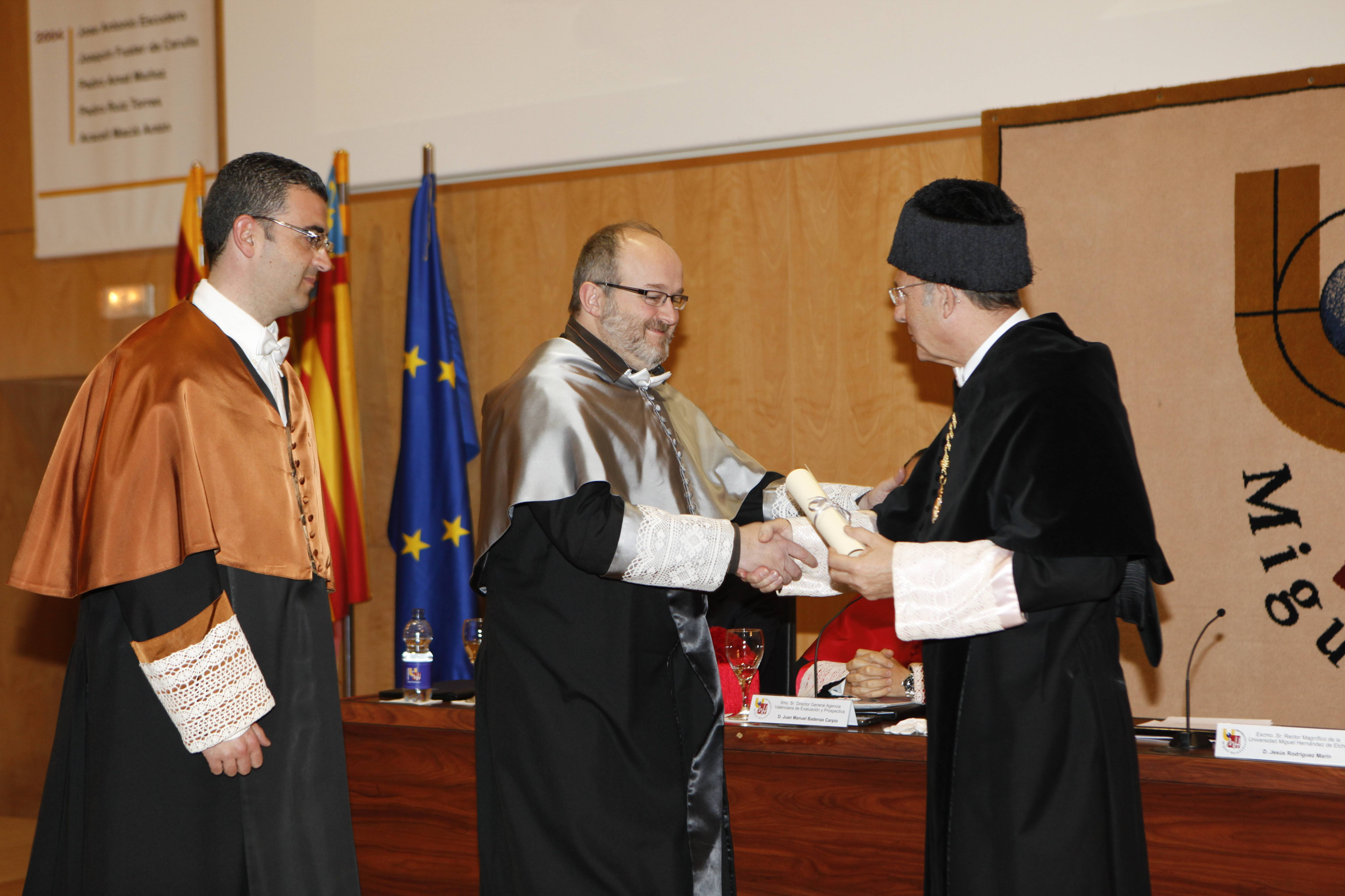 doctor-honoris-causa-luis-gamir_mg_1113.jpg