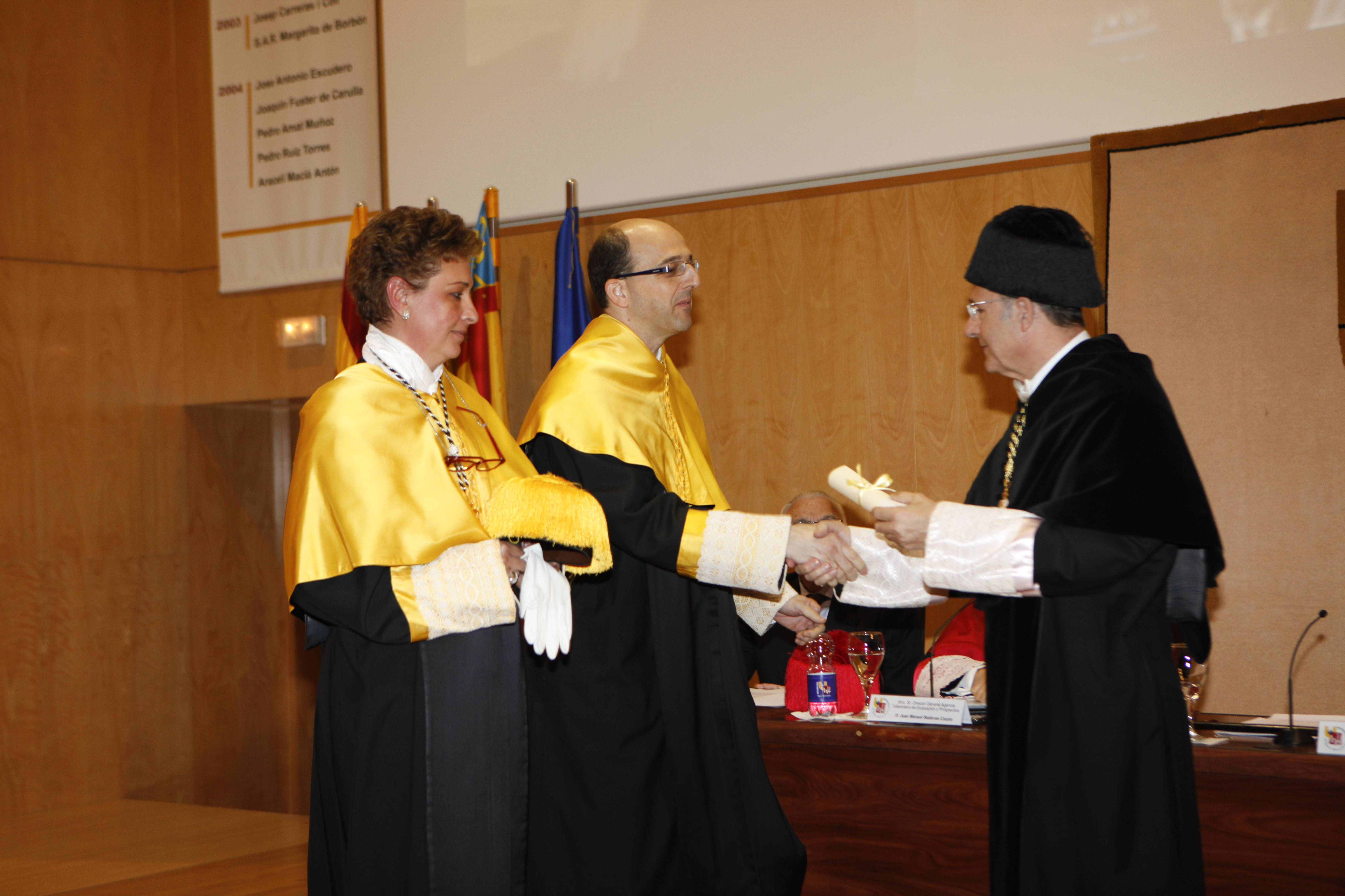 doctor-honoris-causa-luis-gamir_mg_1120.jpg