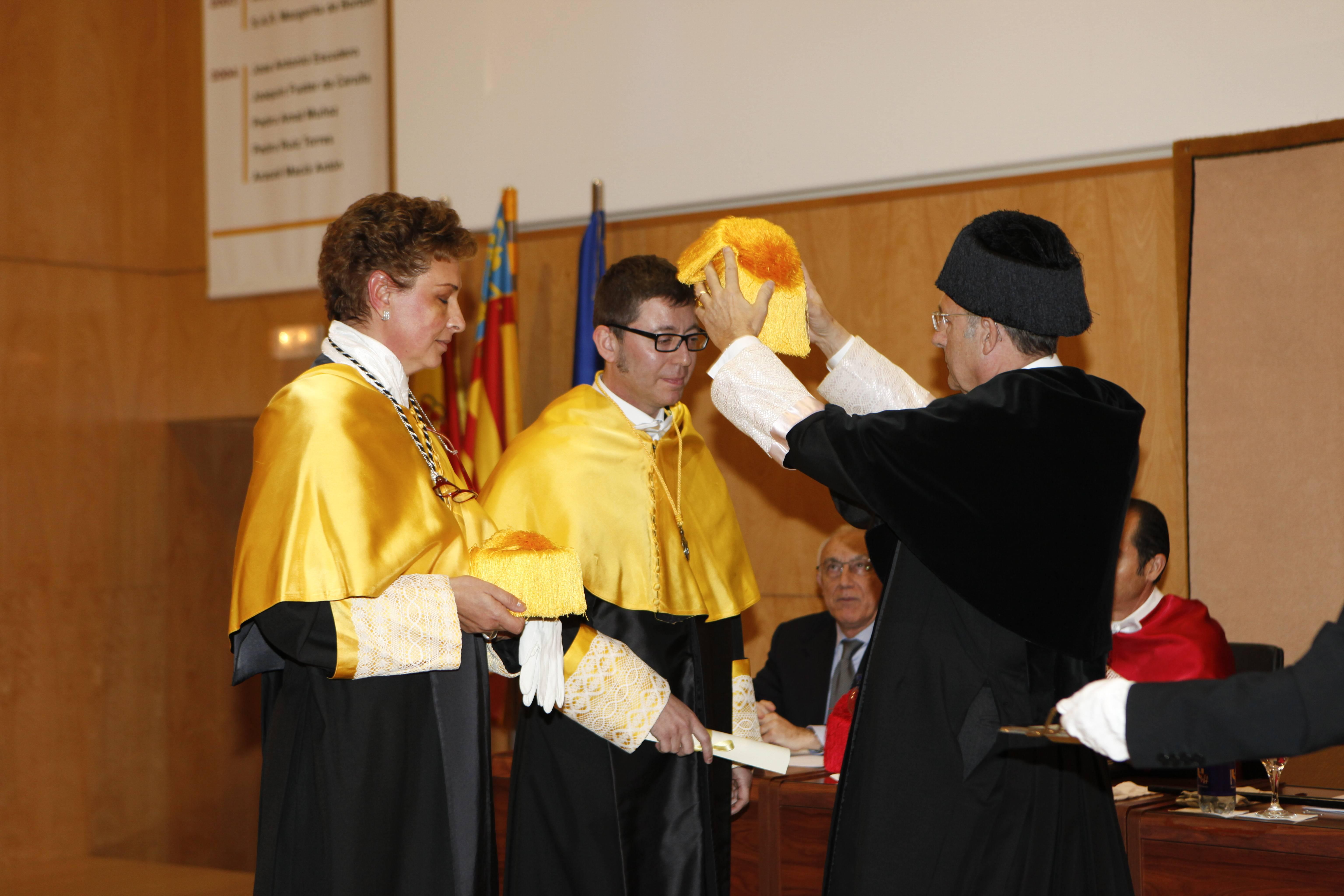 doctor-honoris-causa-luis-gamir_mg_1124.jpg