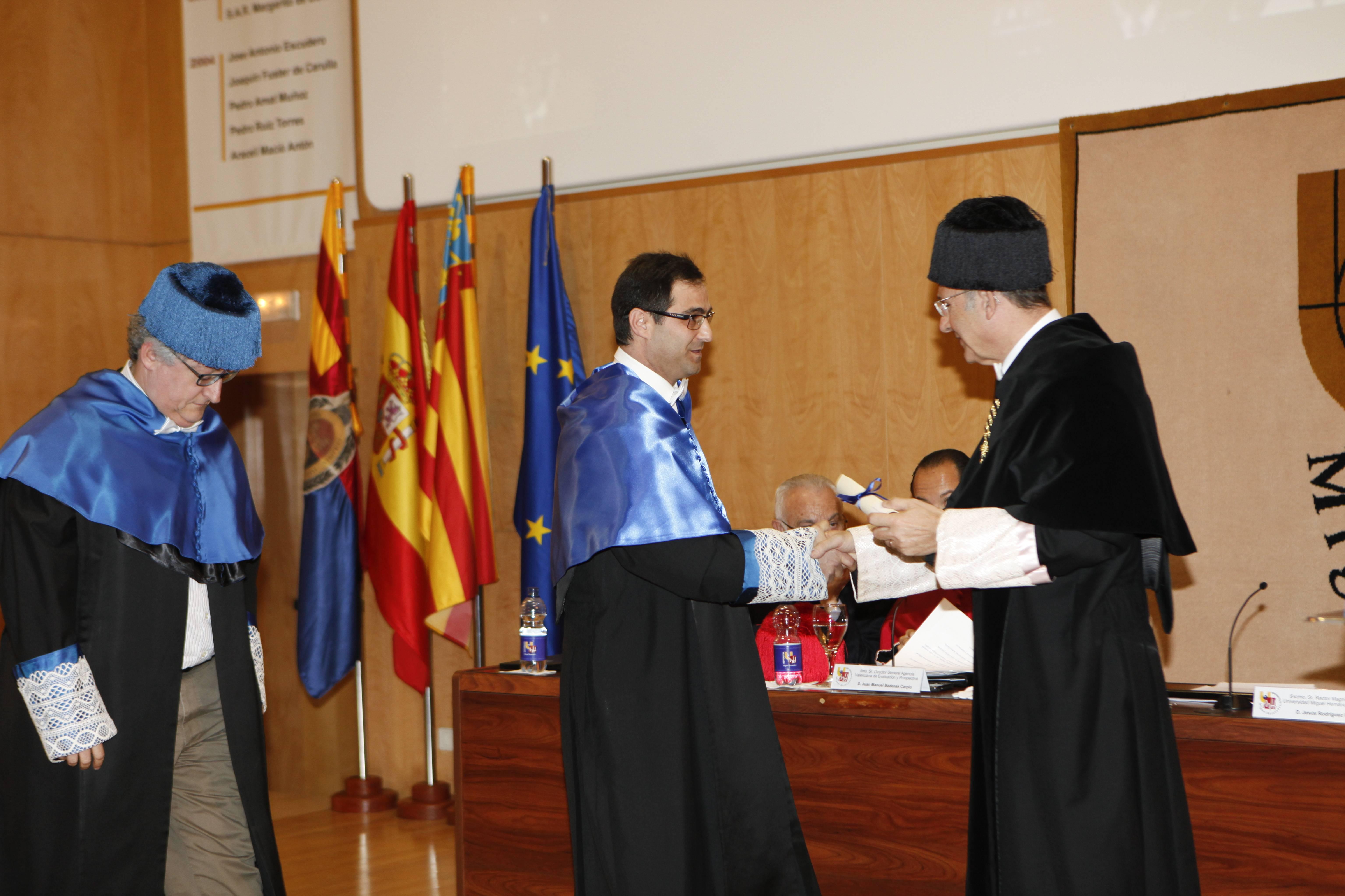 doctor-honoris-causa-luis-gamir_mg_1135.jpg