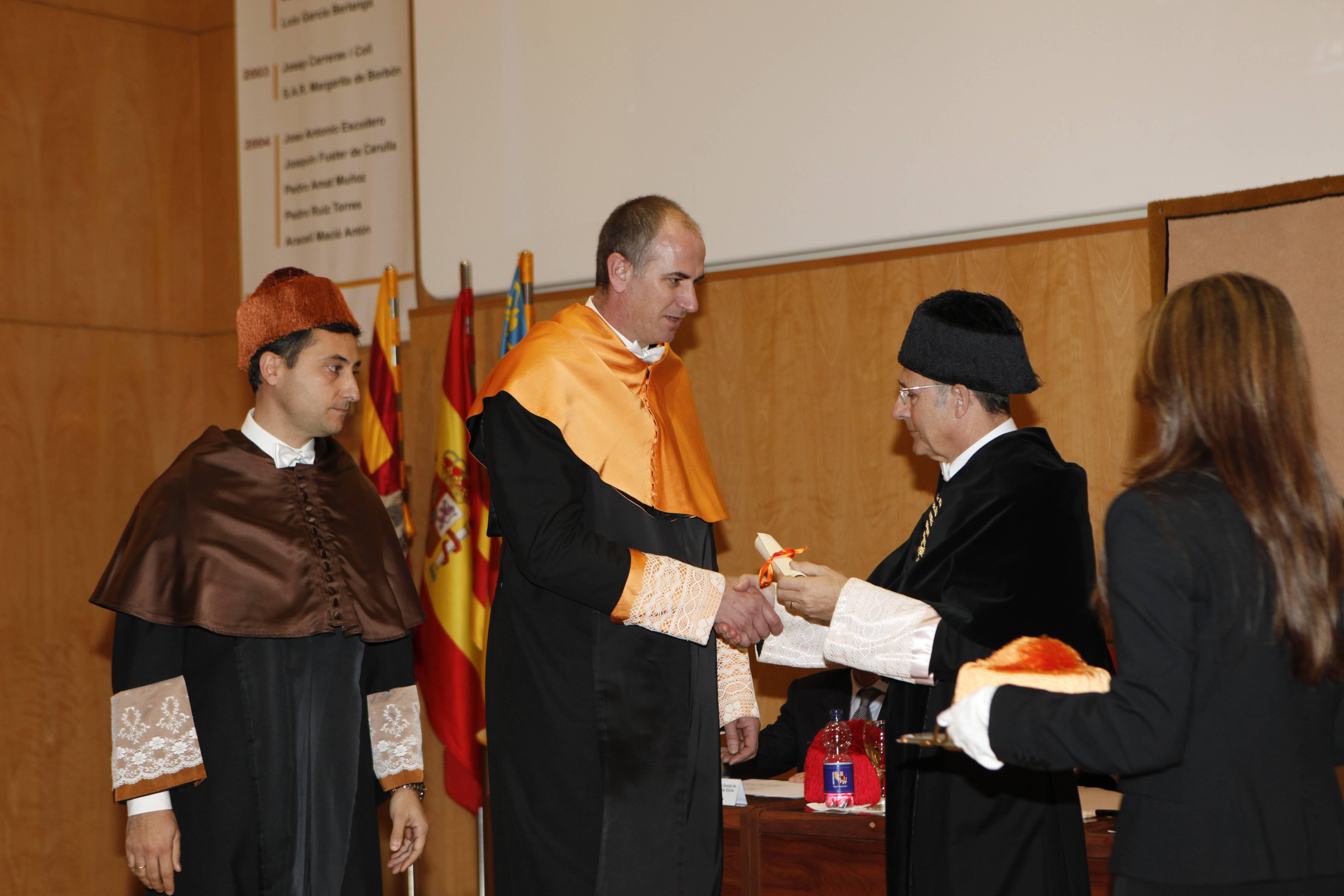 doctor-honoris-causa-luis-gamir_mg_1171.jpg
