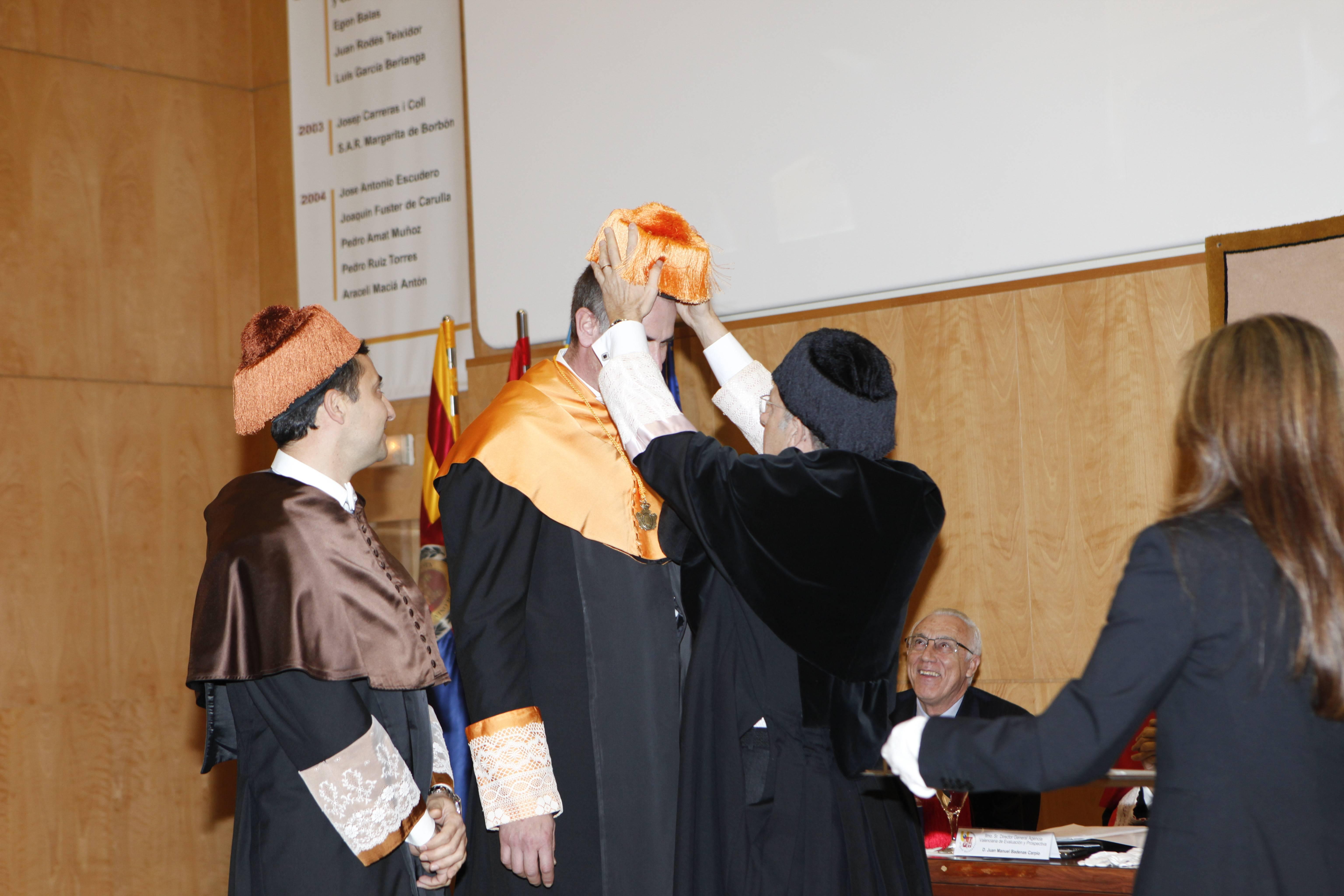 doctor-honoris-causa-luis-gamir_mg_1172.jpg