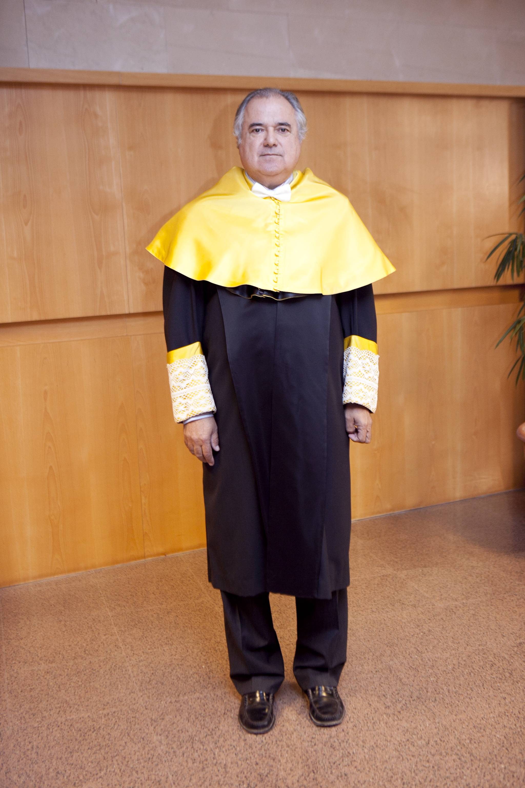 doctor-honoris-causa-luis-gamir_mg_0553.jpg