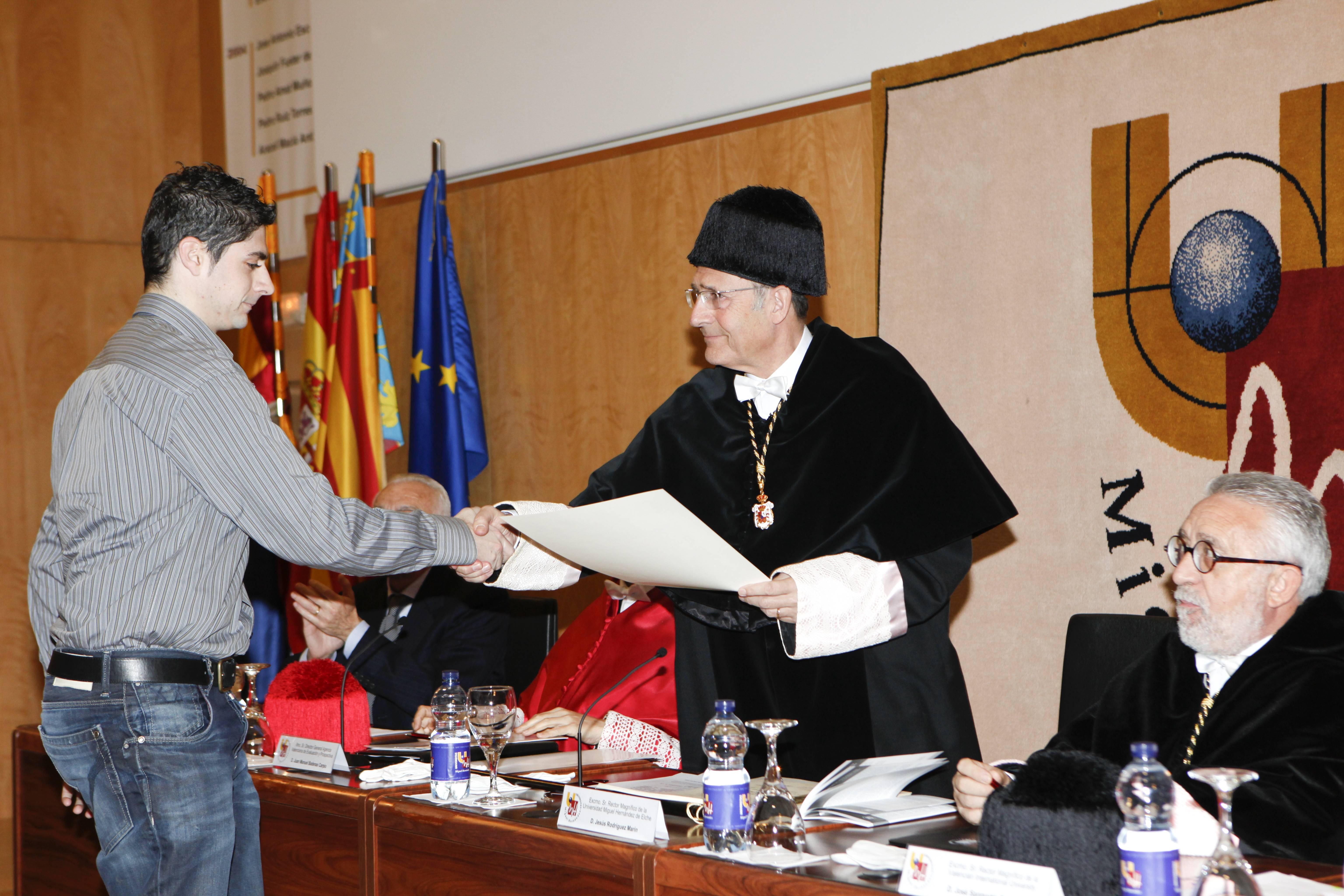 doctor-honoris-causa-luis-gamir_mg_0891.jpg
