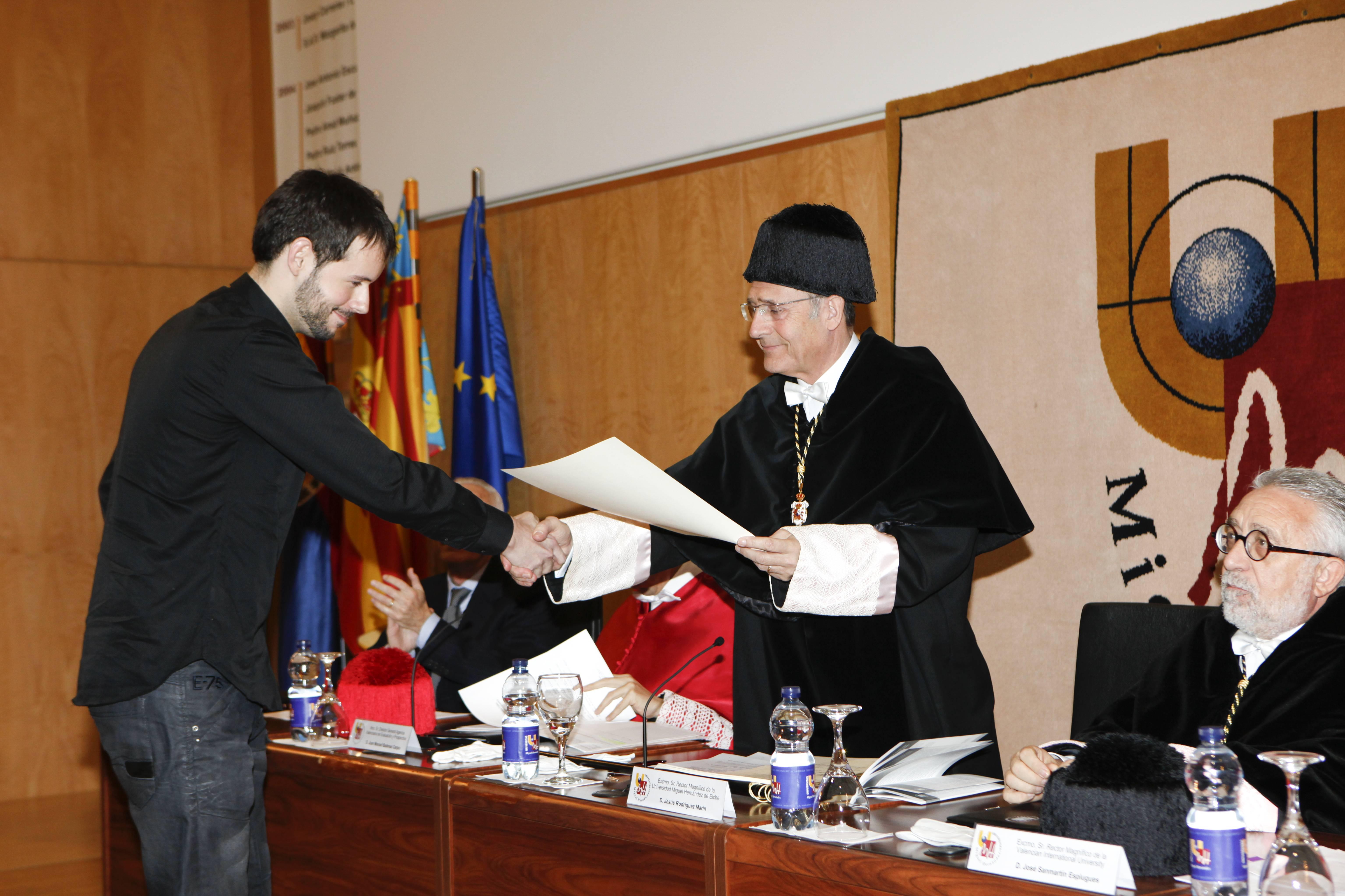doctor-honoris-causa-luis-gamir_mg_0894.jpg