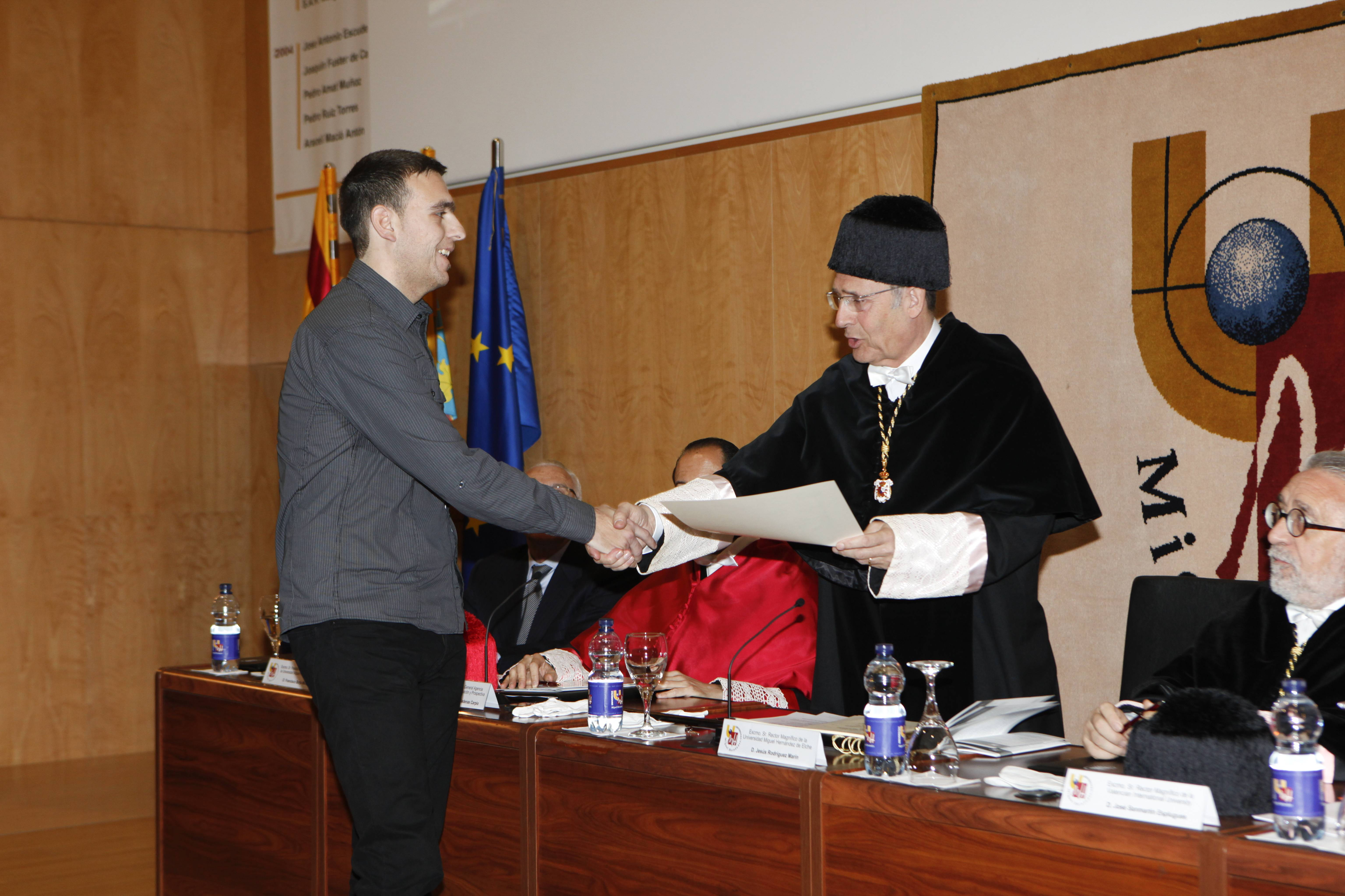 doctor-honoris-causa-luis-gamir_mg_0914.jpg