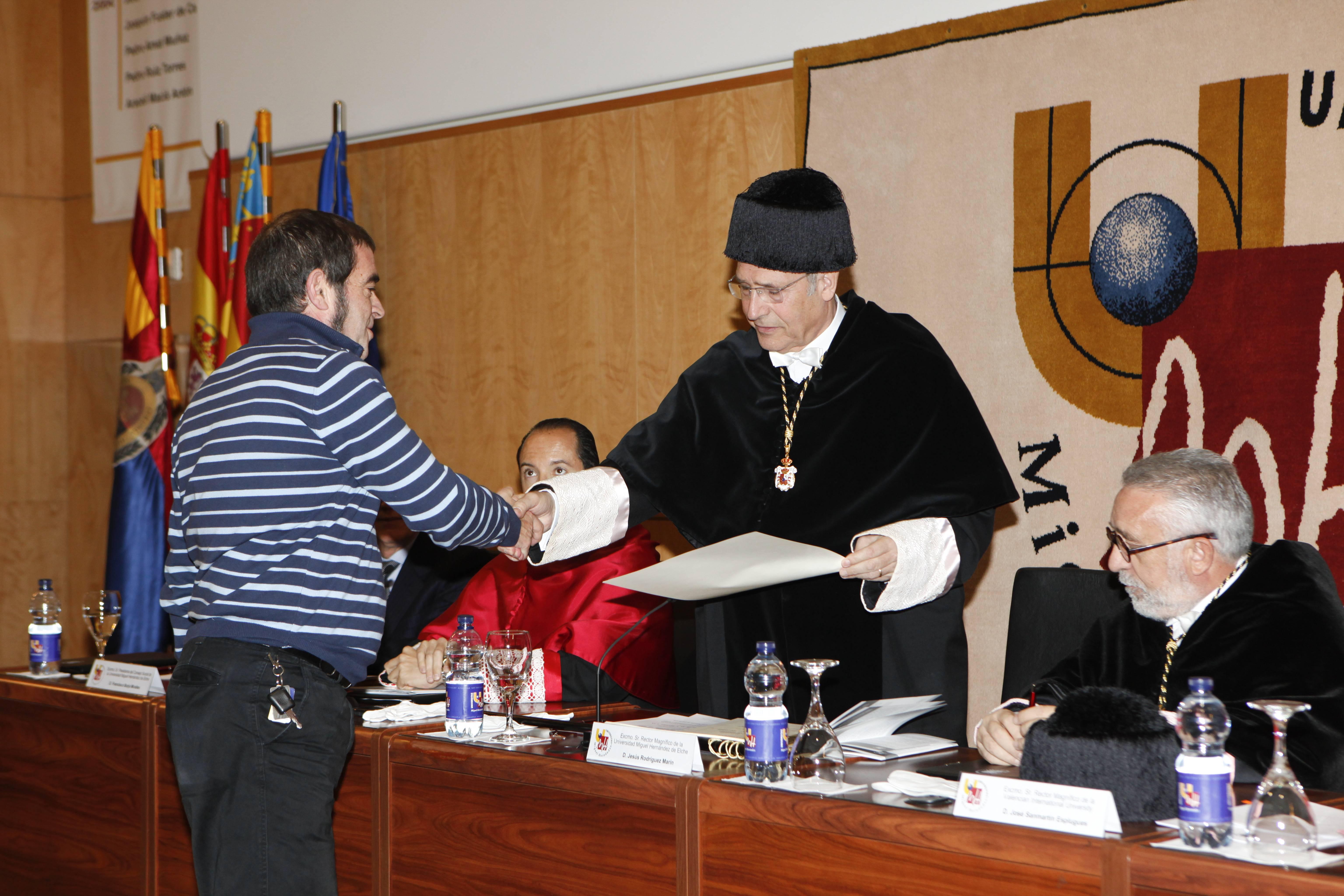 doctor-honoris-causa-luis-gamir_mg_0920.jpg