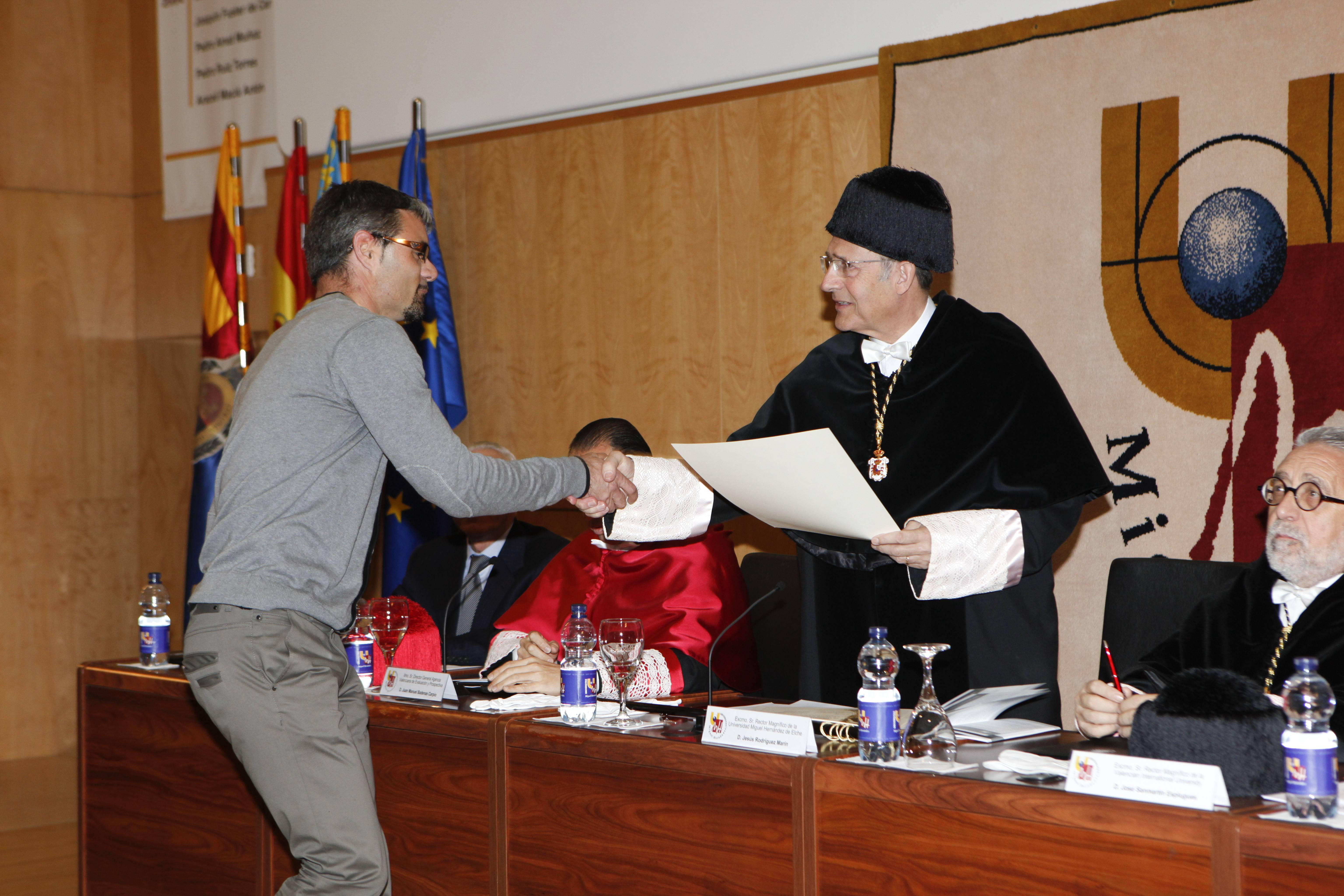 doctor-honoris-causa-luis-gamir_mg_0936.jpg
