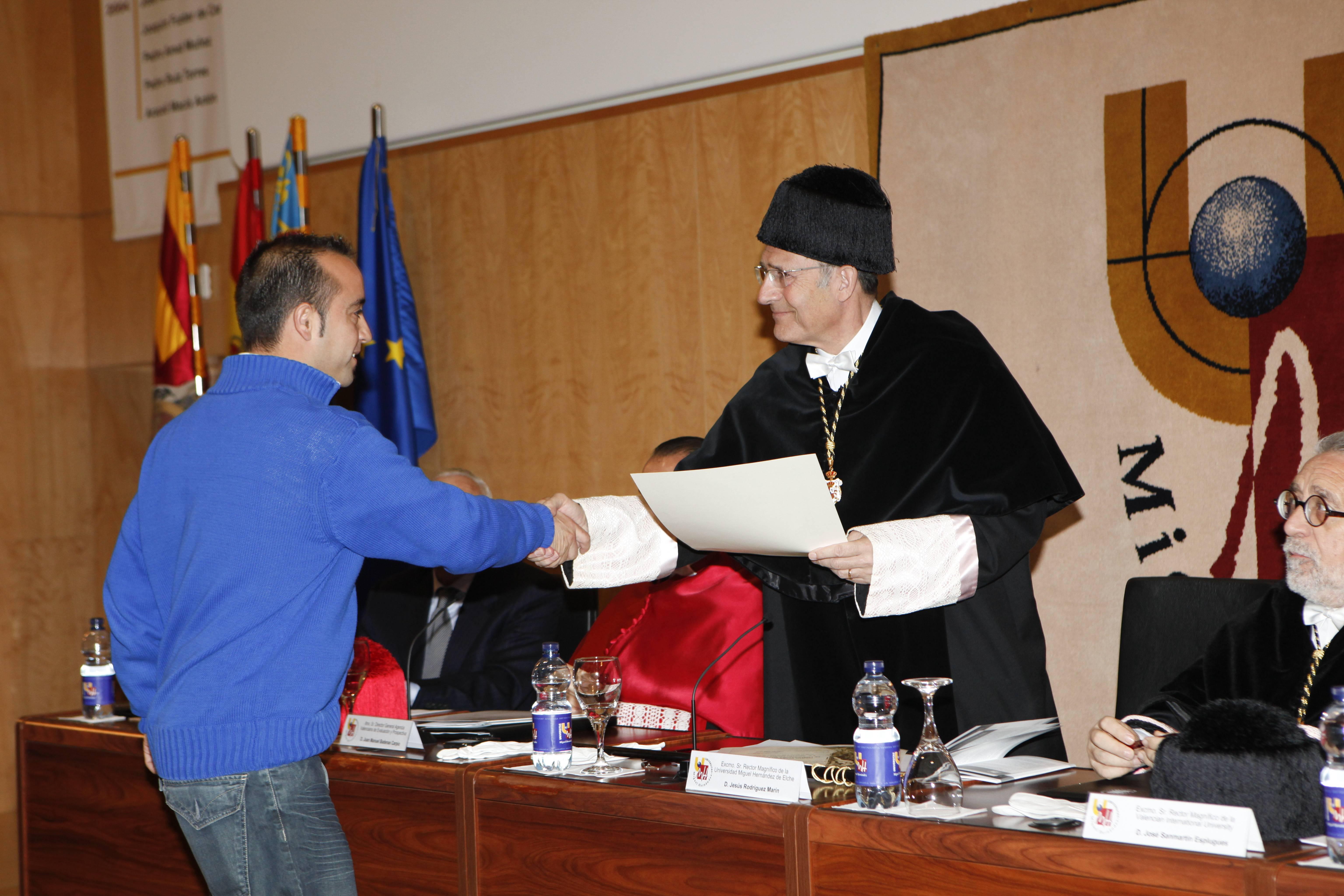 doctor-honoris-causa-luis-gamir_mg_0942.jpg