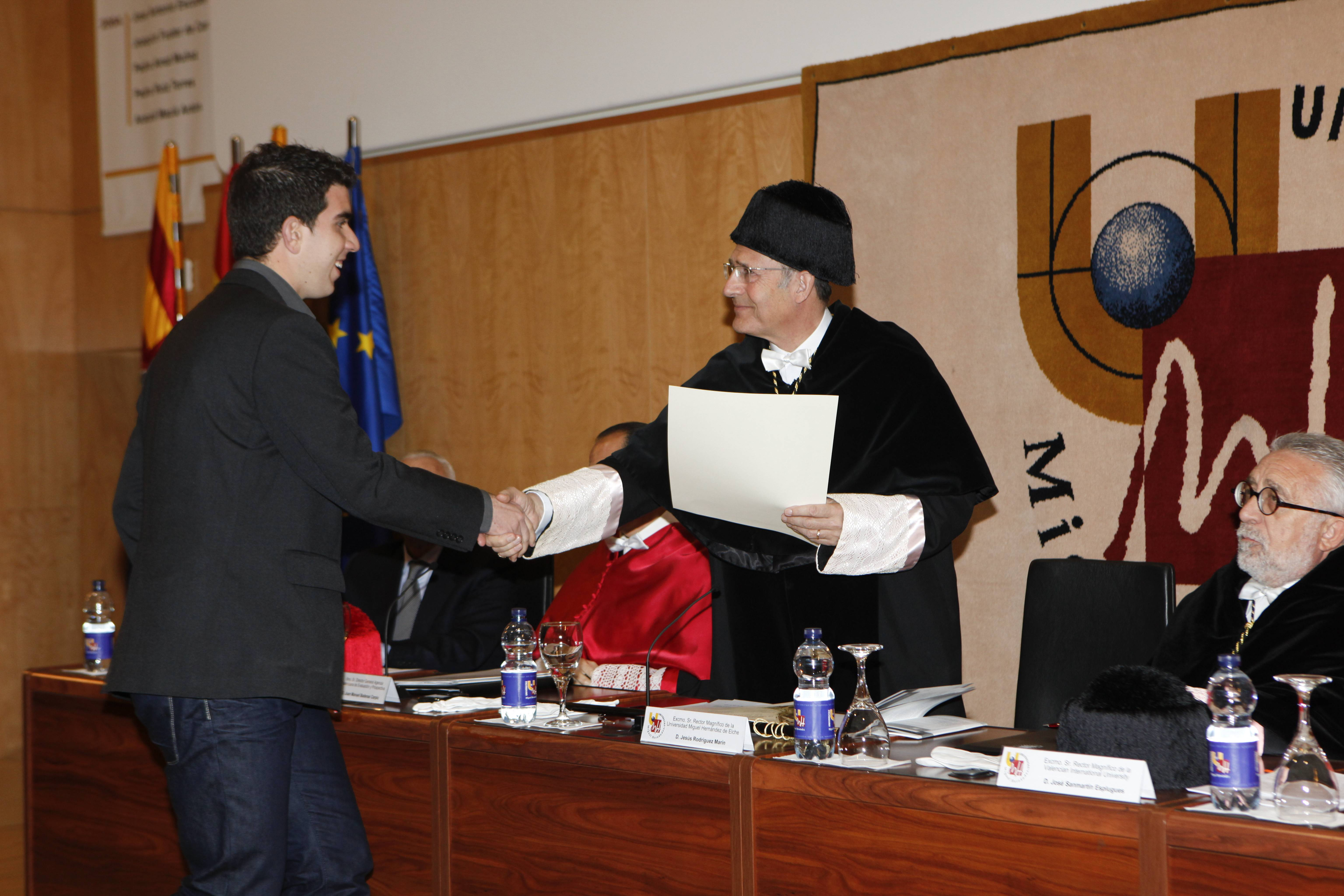 doctor-honoris-causa-luis-gamir_mg_0948.jpg