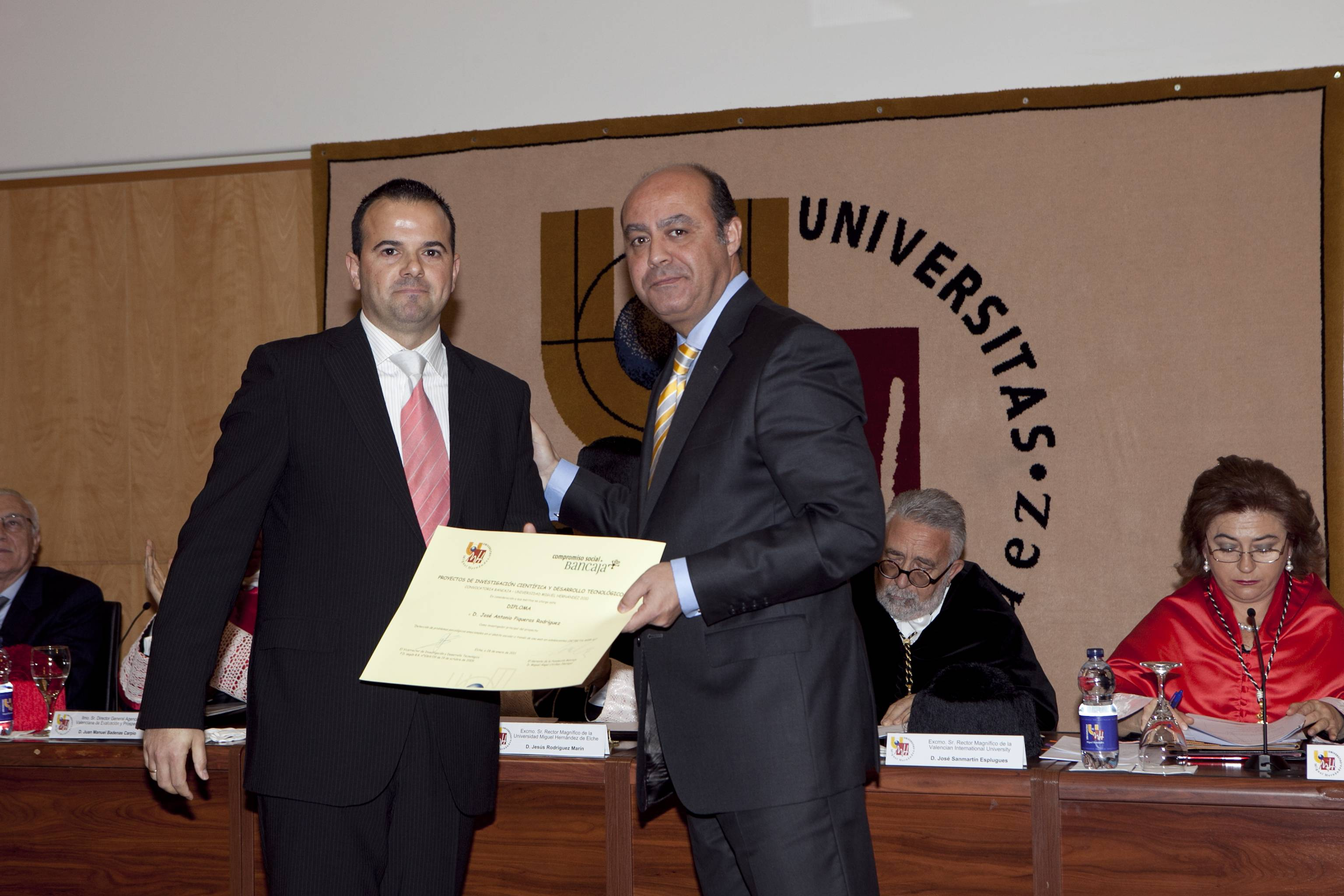 doctor-honoris-causa-luis-gamir_mg_1029.jpg