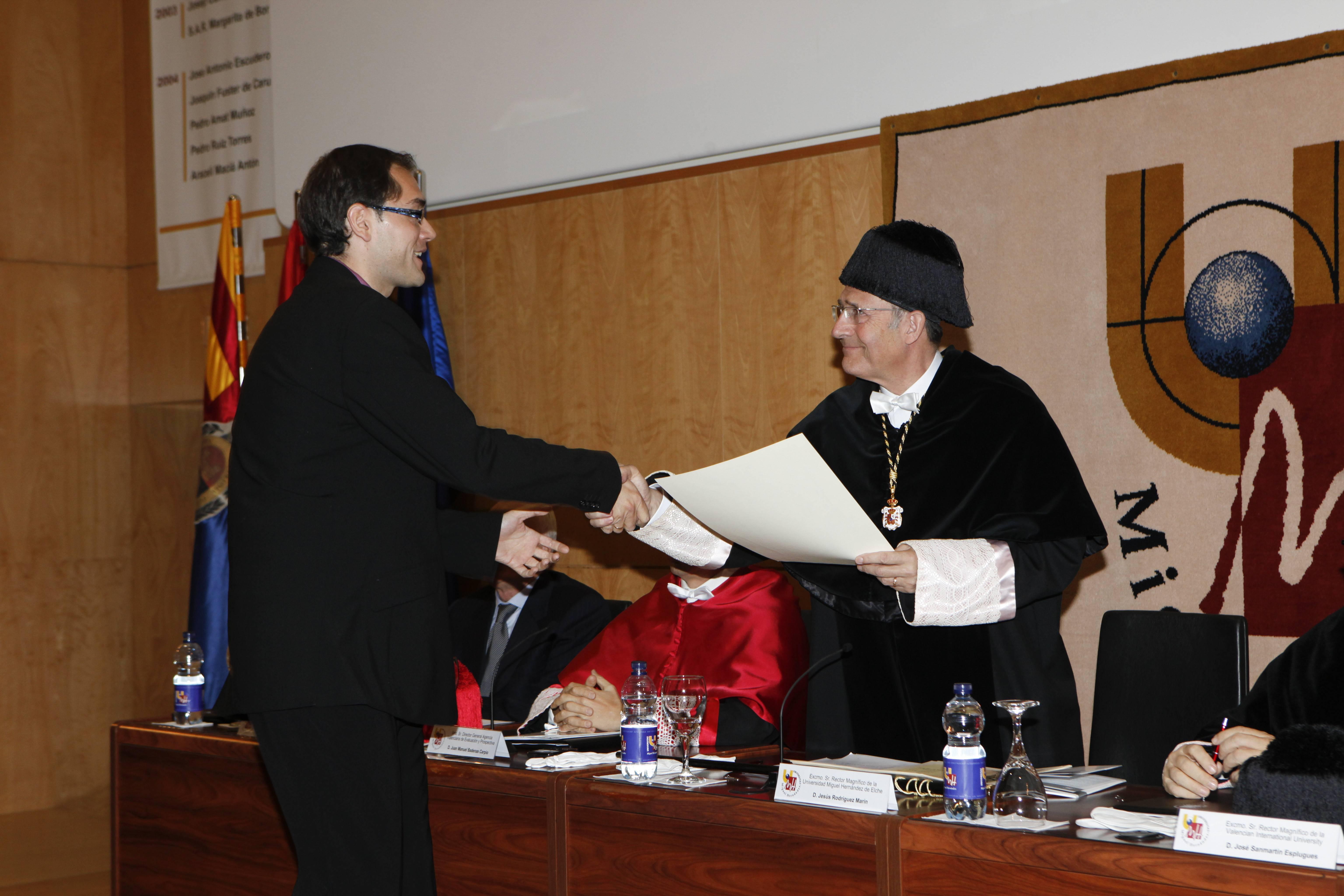 doctor-honoris-causa-luis-gamir_mg_1034.jpg