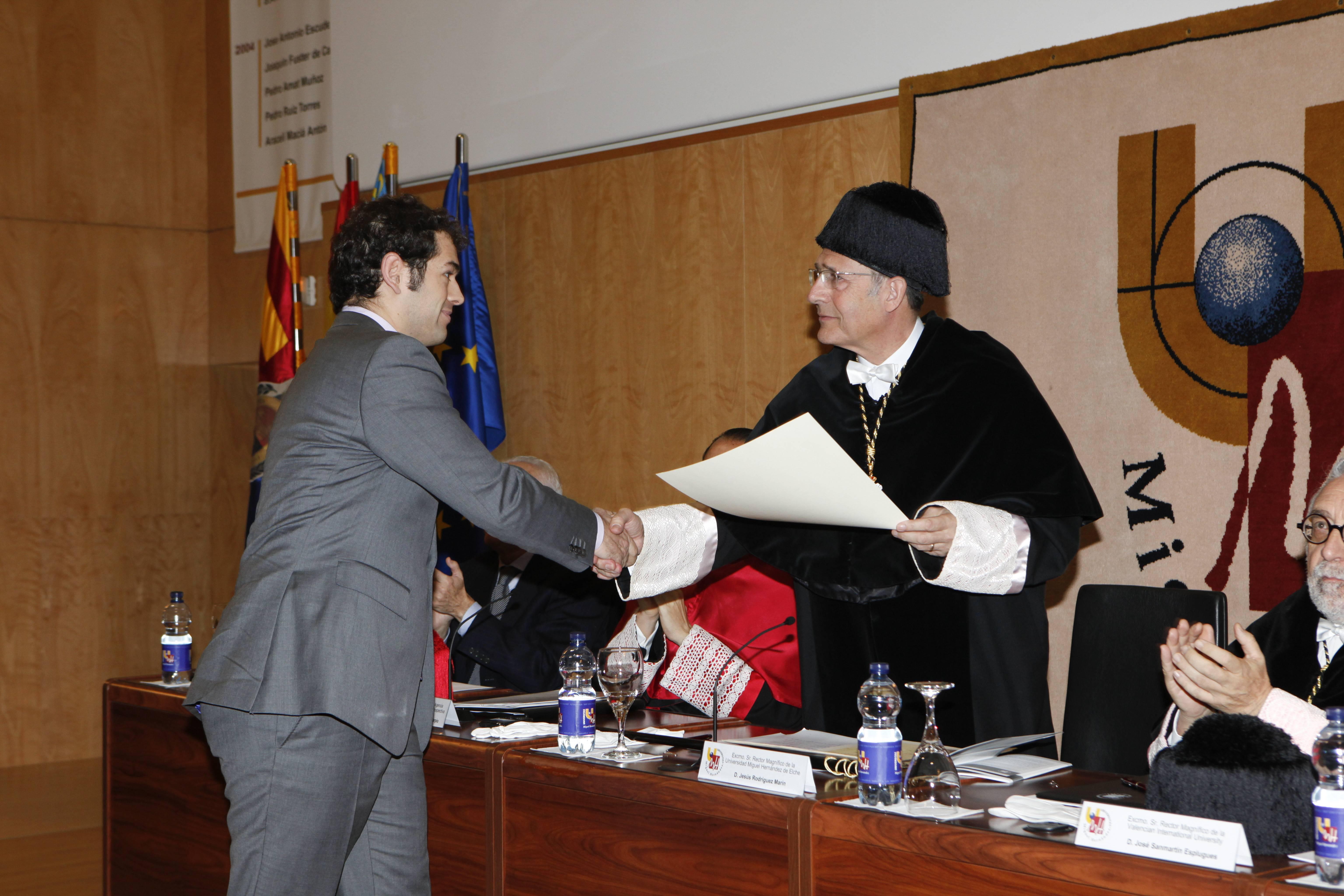 doctor-honoris-causa-luis-gamir_mg_1041.jpg