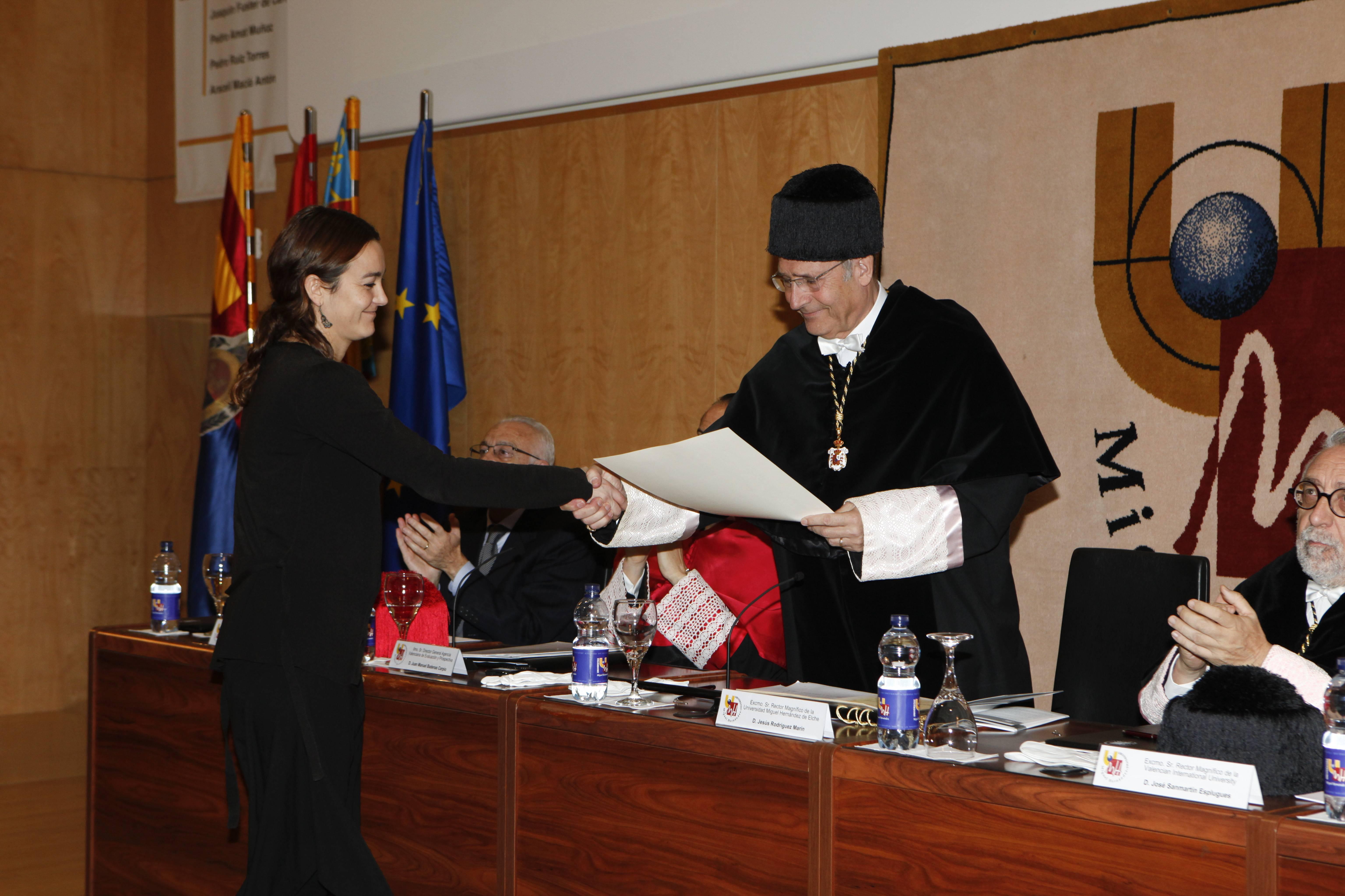 doctor-honoris-causa-luis-gamir_mg_1049.jpg