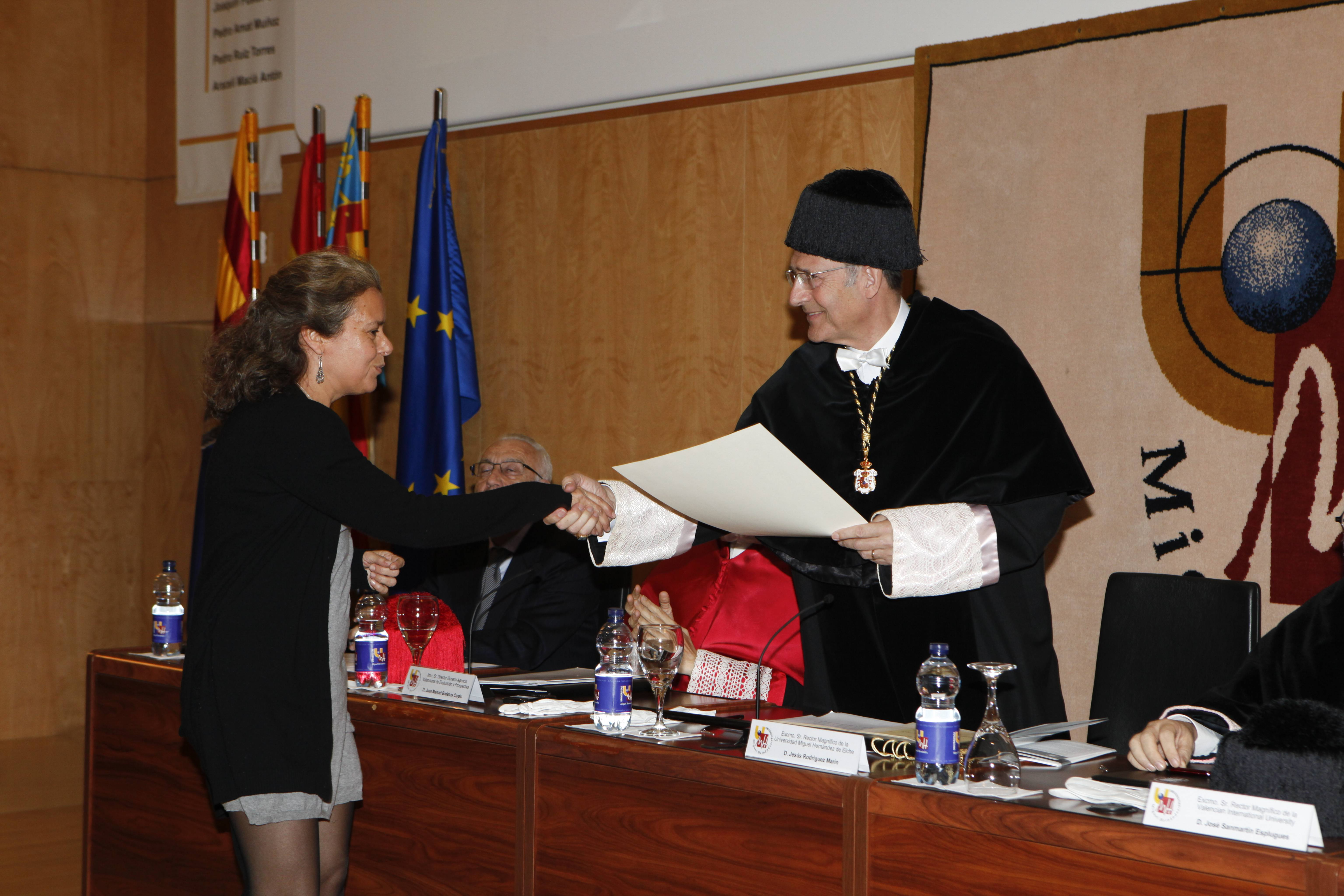 doctor-honoris-causa-luis-gamir_mg_1053.jpg
