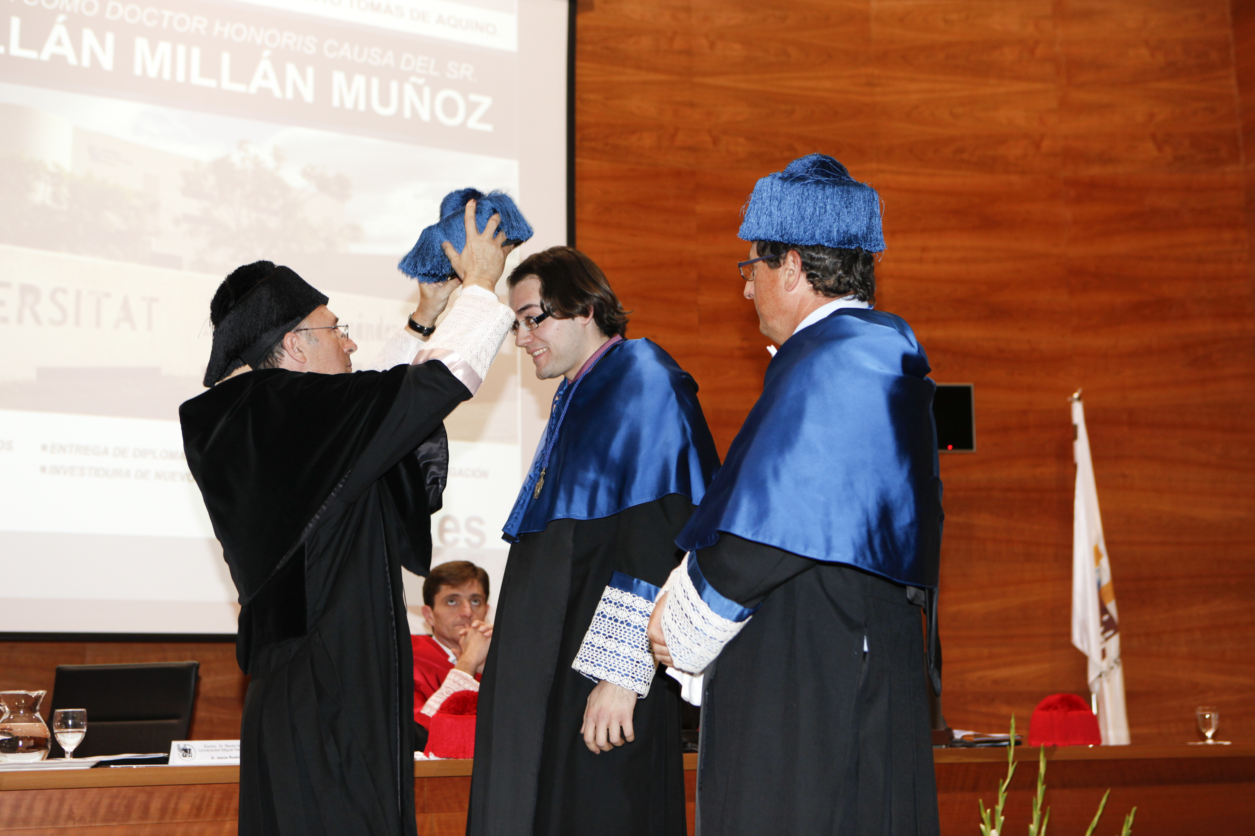 Entrega Diplomas_mg_5337.jpg